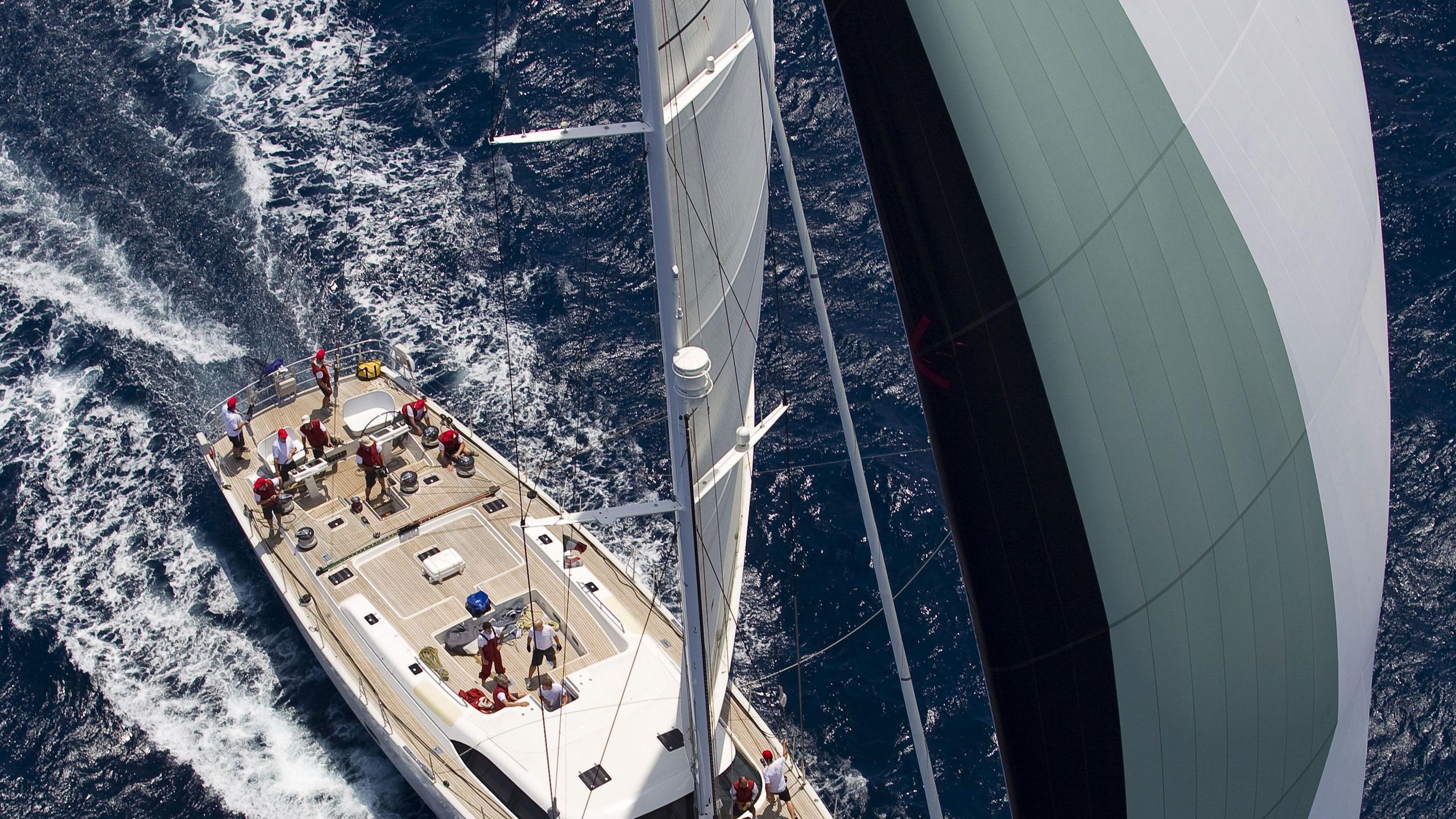 I Sea sailing yacht aerial