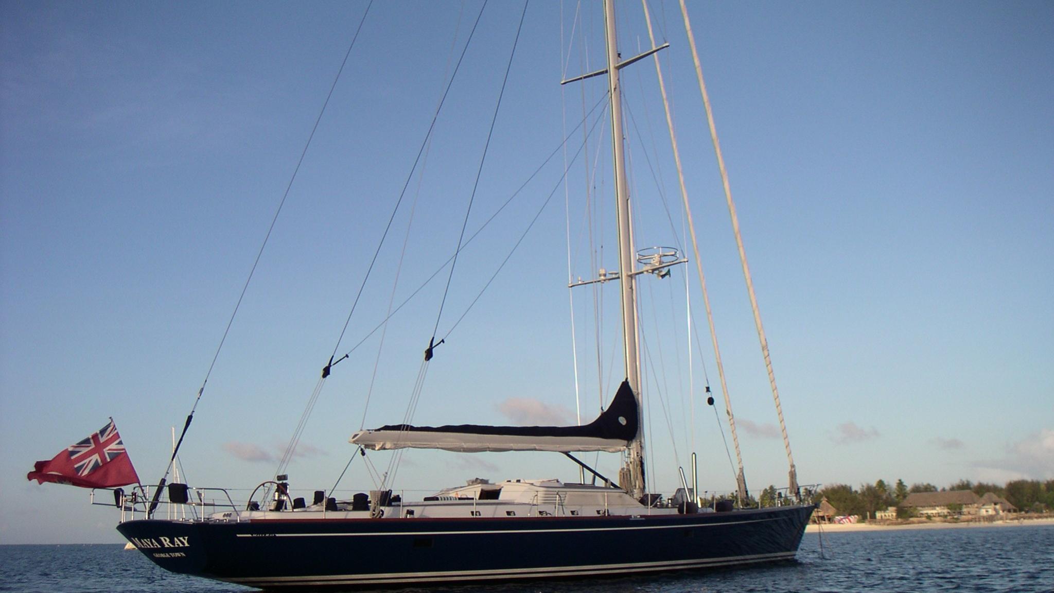 Maya ray sailing yacht