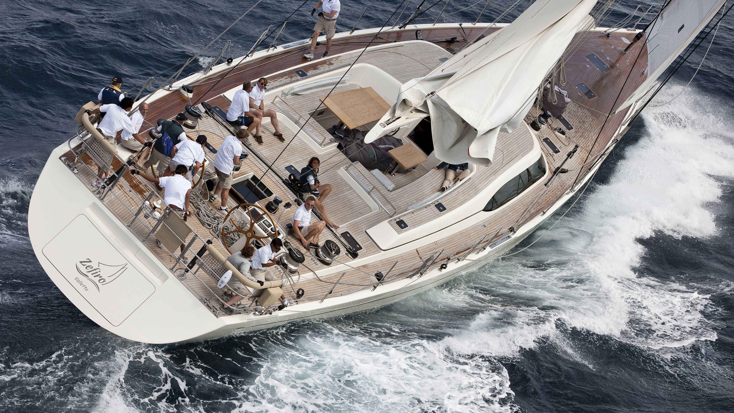 Zefiro sailing yacht