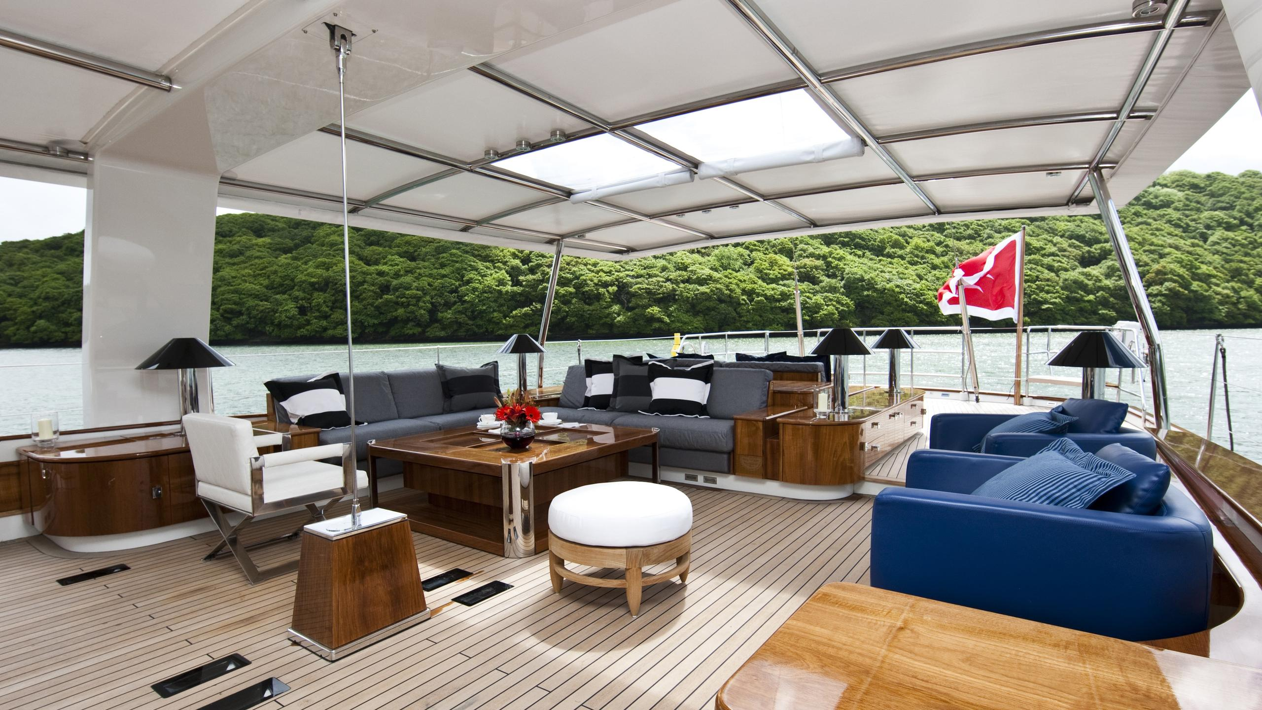 Akalam sailing yacht deck seating