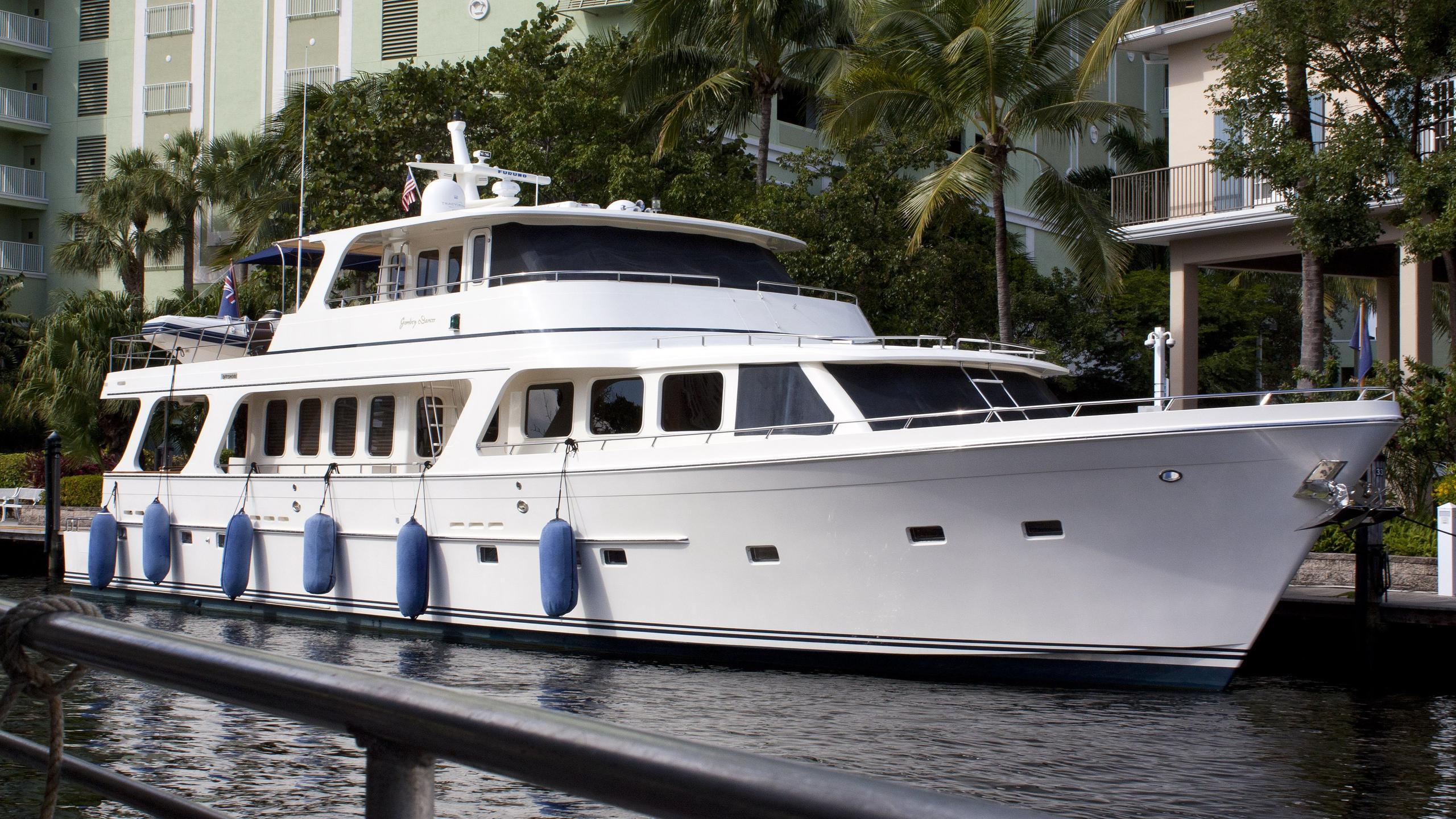 gombey-dancer-yacht-exterior