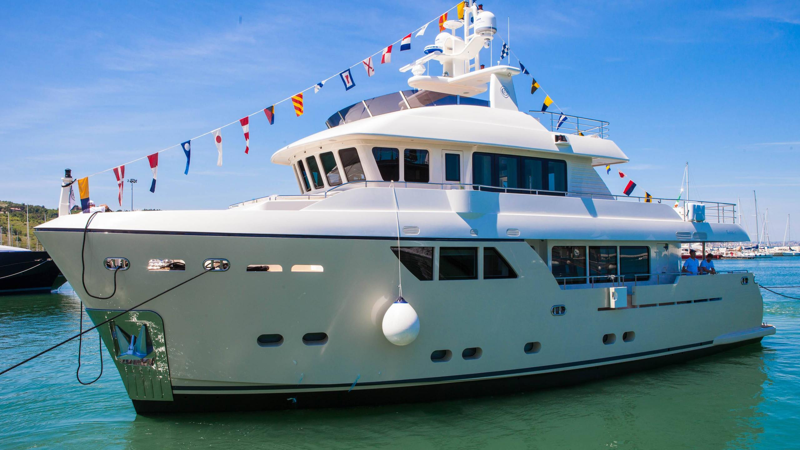 stella-del-nord-yacht-exterior