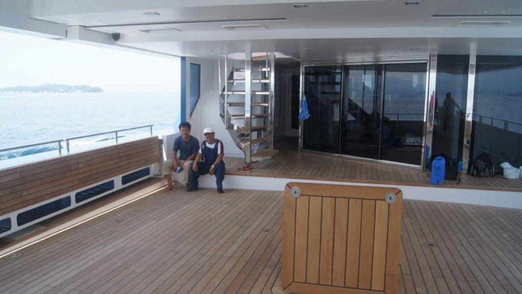 cklass-yacht-exterior-aft-deck