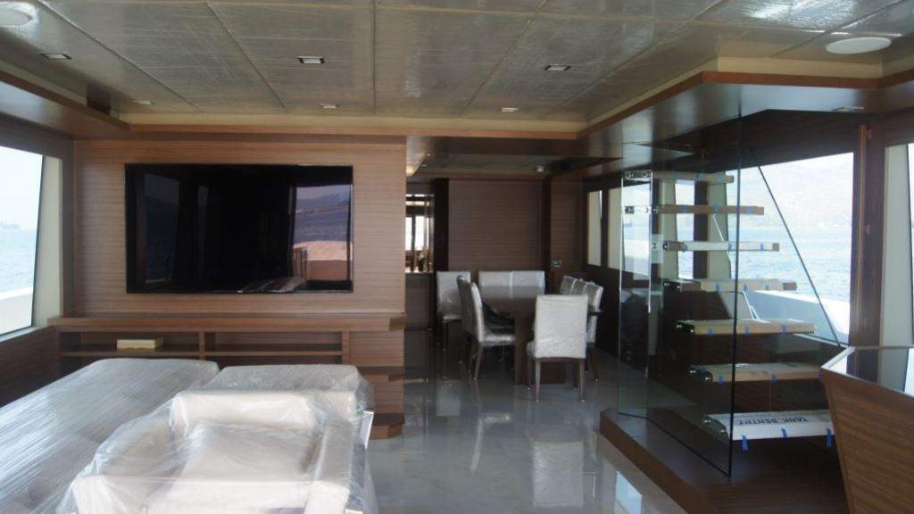 cklass-yacht-interior-upper-deck