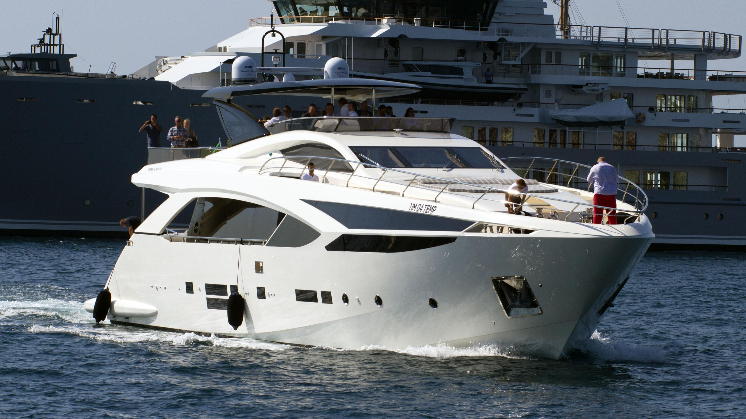 amer cento quad motoryacht permare 2016 30m cruising half profile