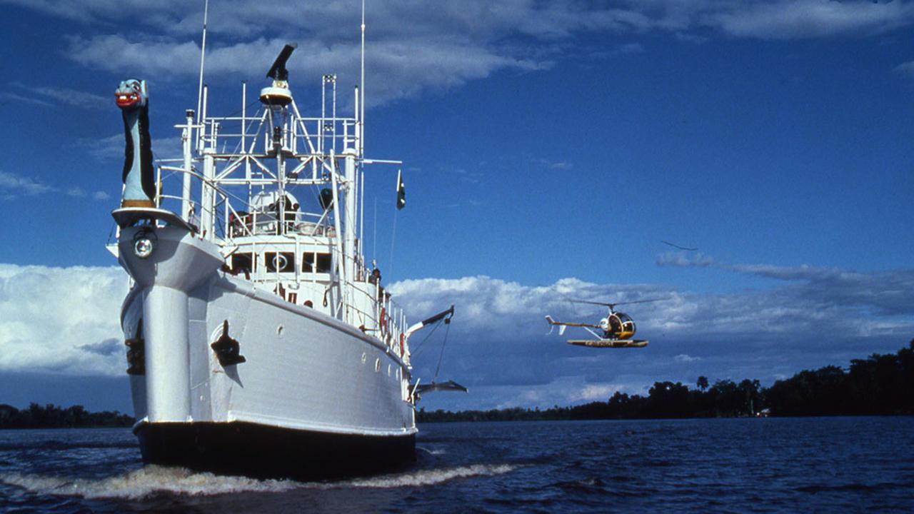 calypso motoryacht ballard 1942 42m cruising bow