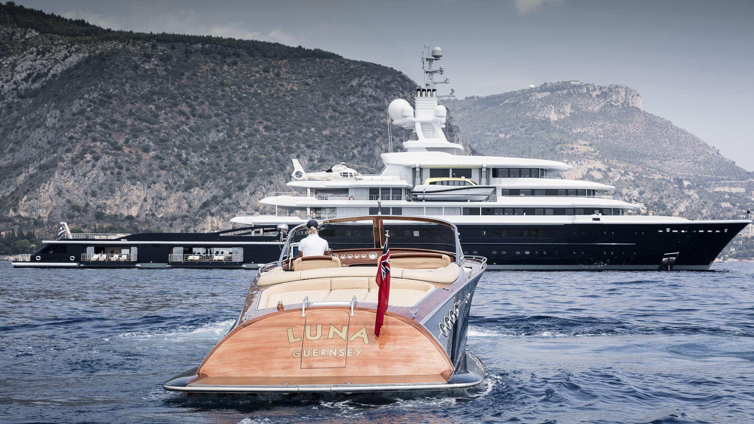 luna superyacht lloyd werft 2010 115m profile and tender