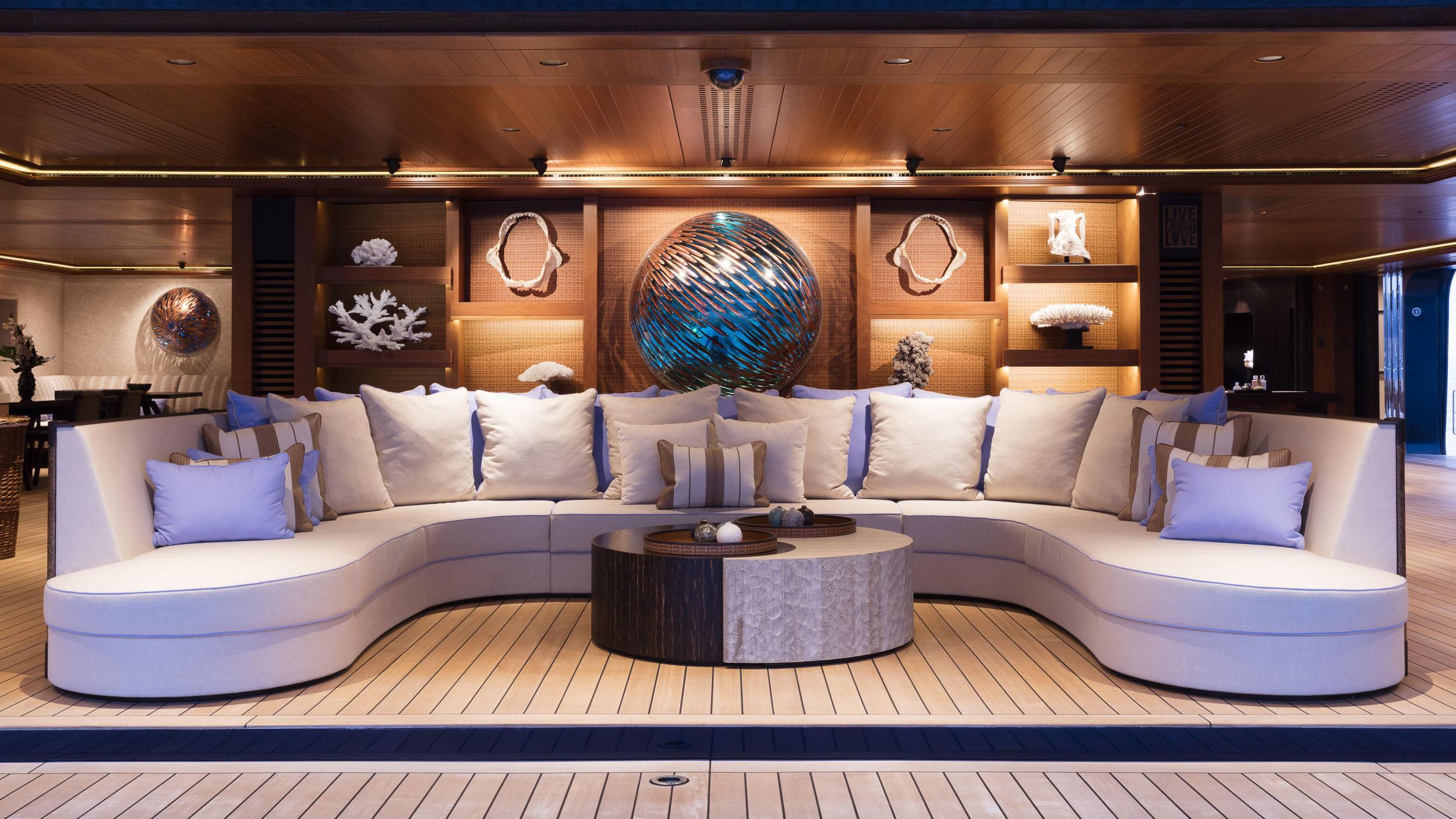 luna superyacht lloyd werft 2010 115m beach club