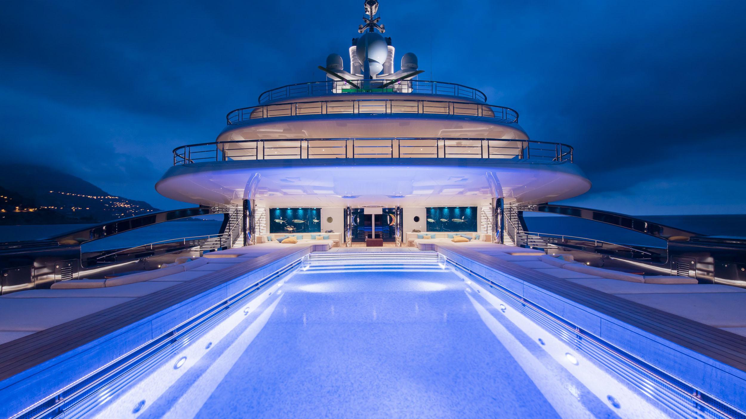 luna superyacht lloyd werft 2010 115m swimming pool