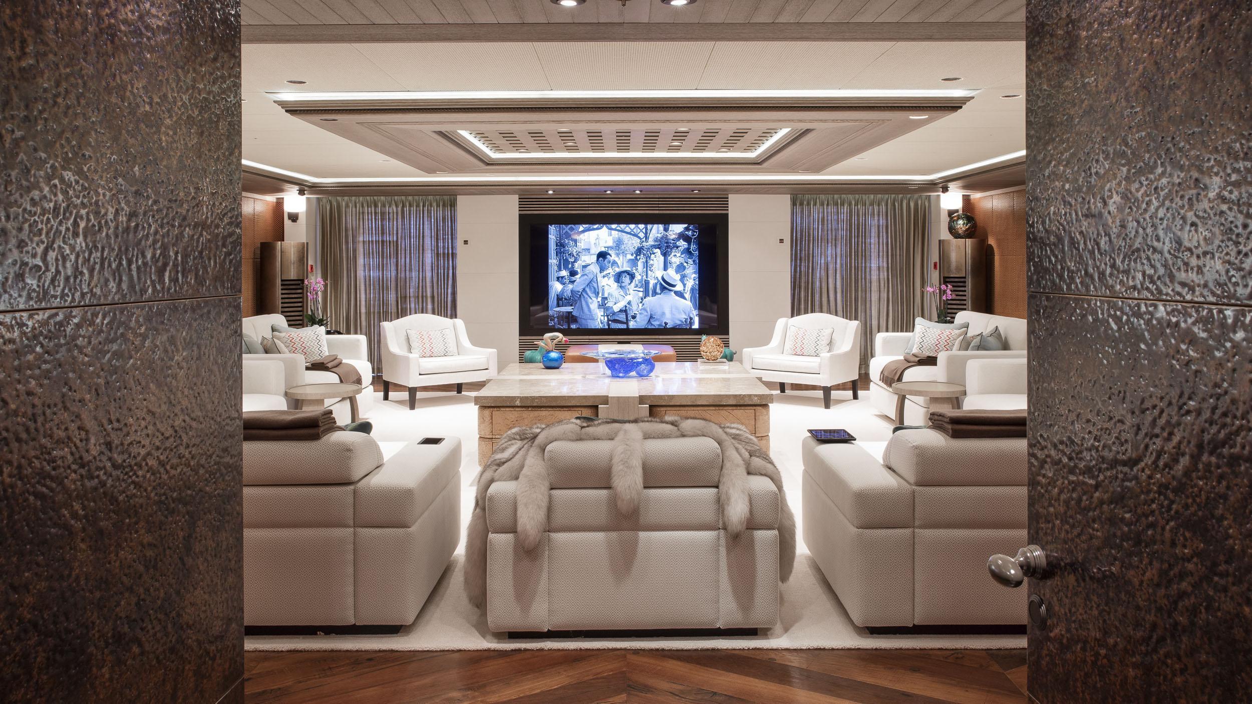luna superyacht lloyd werft 2010 115m lounge