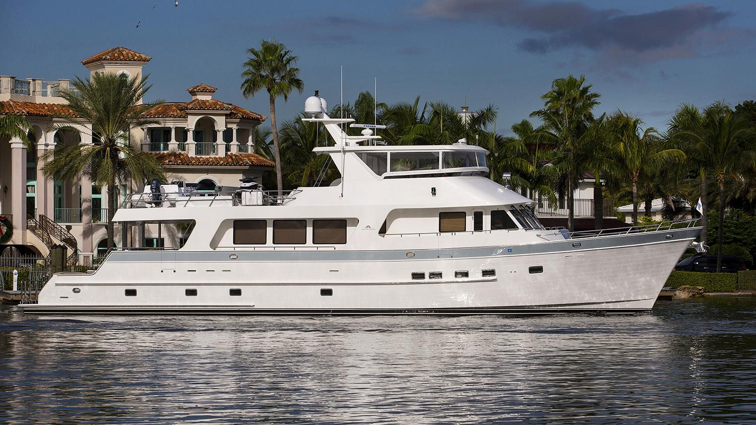 ti punch motoryacht outer reef yachts 2013 26m profile