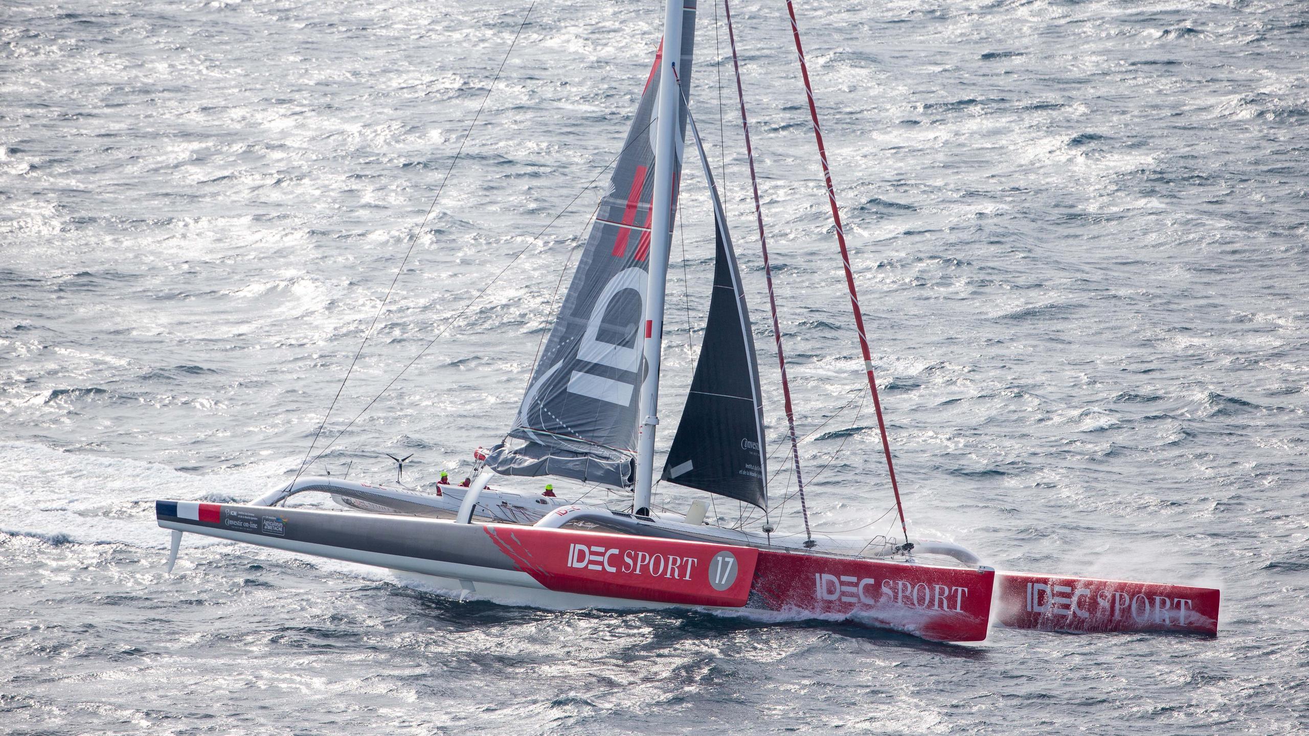 idec sport trimaran racing yacht multiplast 2006 31m half profile