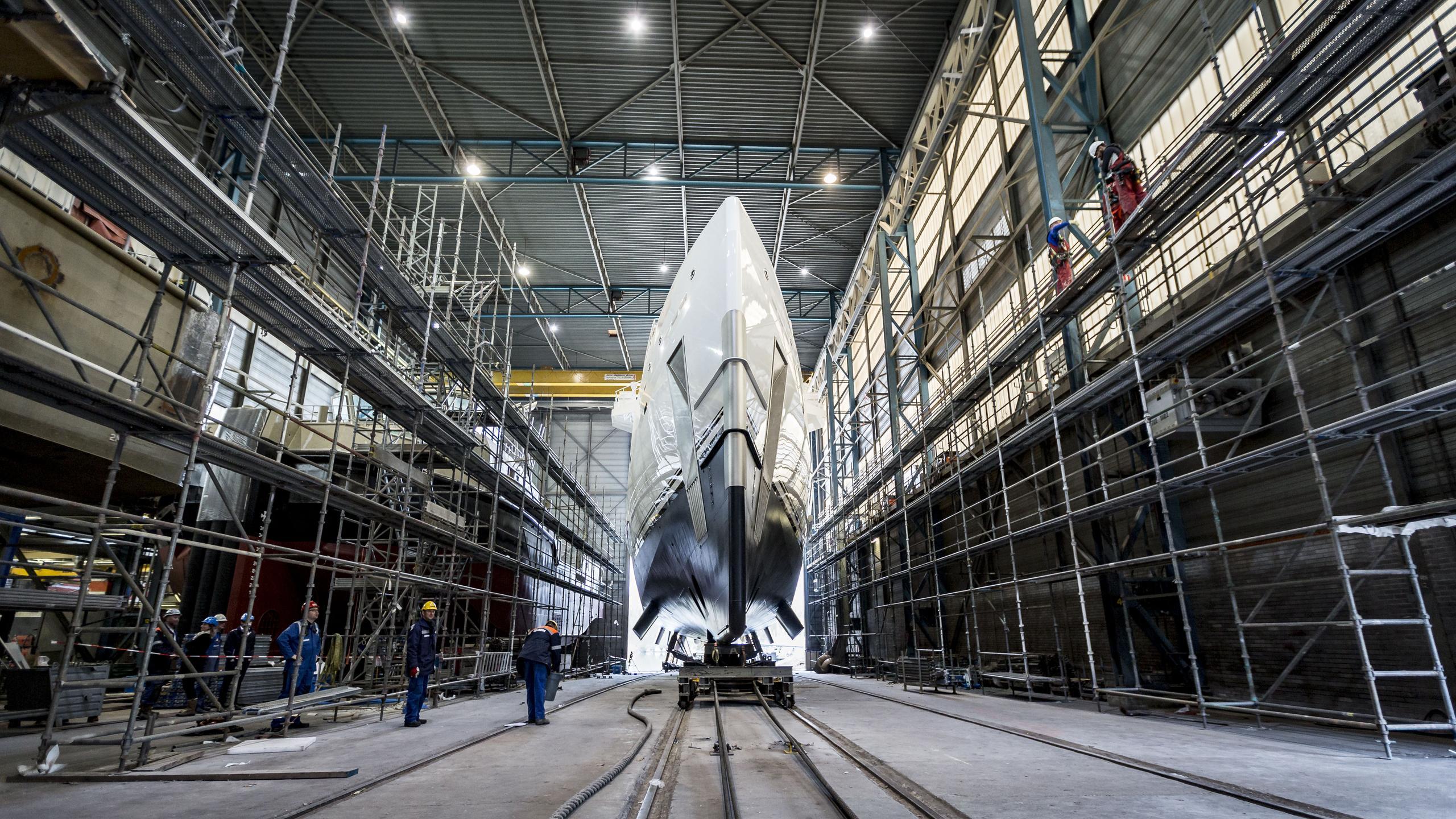 game changer support motoryacht damen seaaxe 69m 2017 bow launch