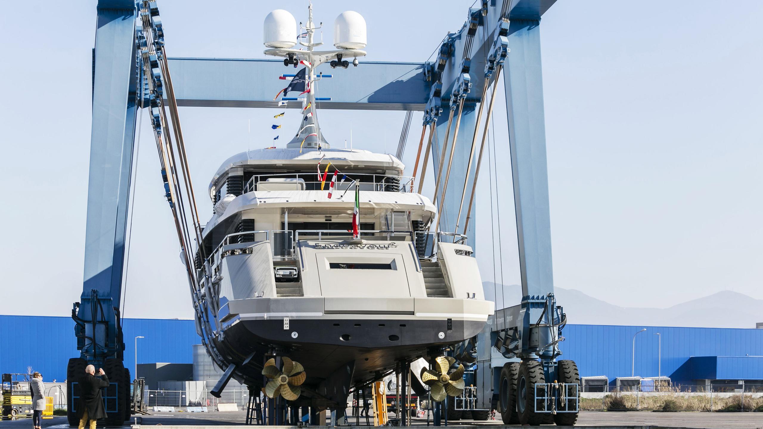 endeavour ii motoryacht rossinavi 50m 2017 stern launch