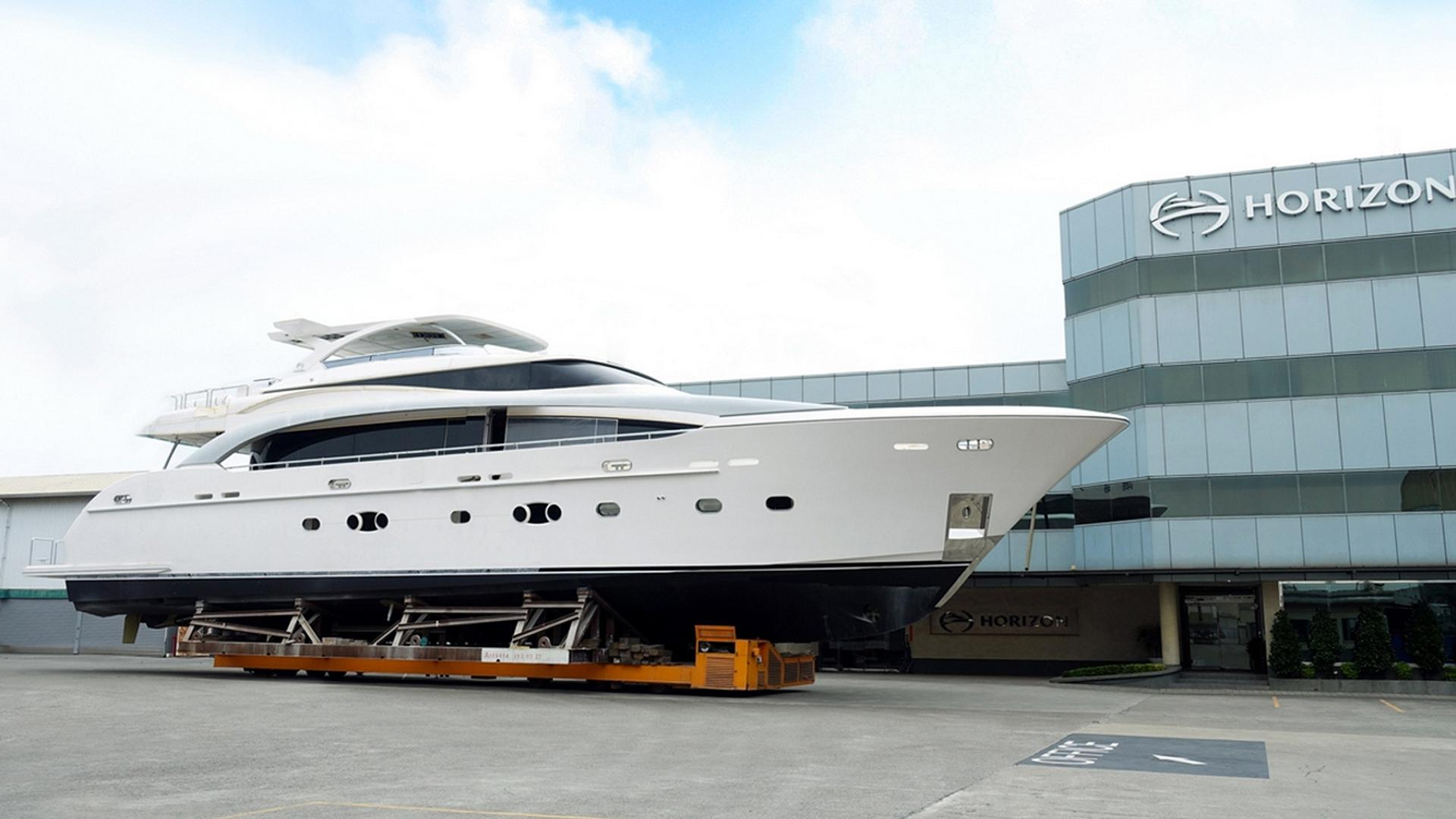 rp110 hull 4 motoryacht horizon 34m 2017 launch