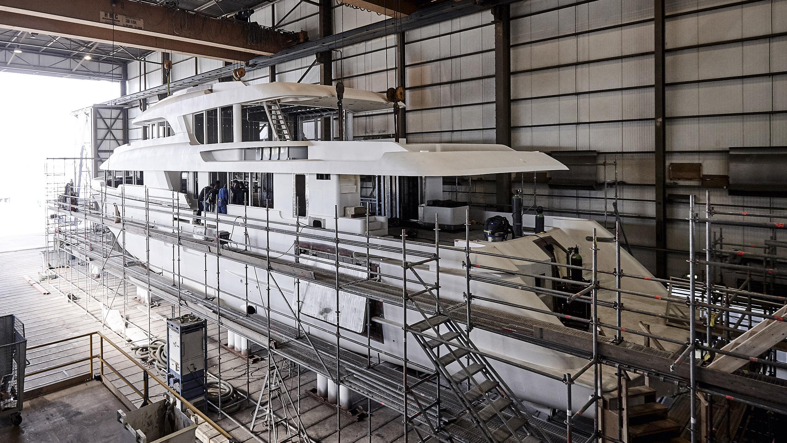 yn197 motoryacht moonen martinique 36m 2018 under construction