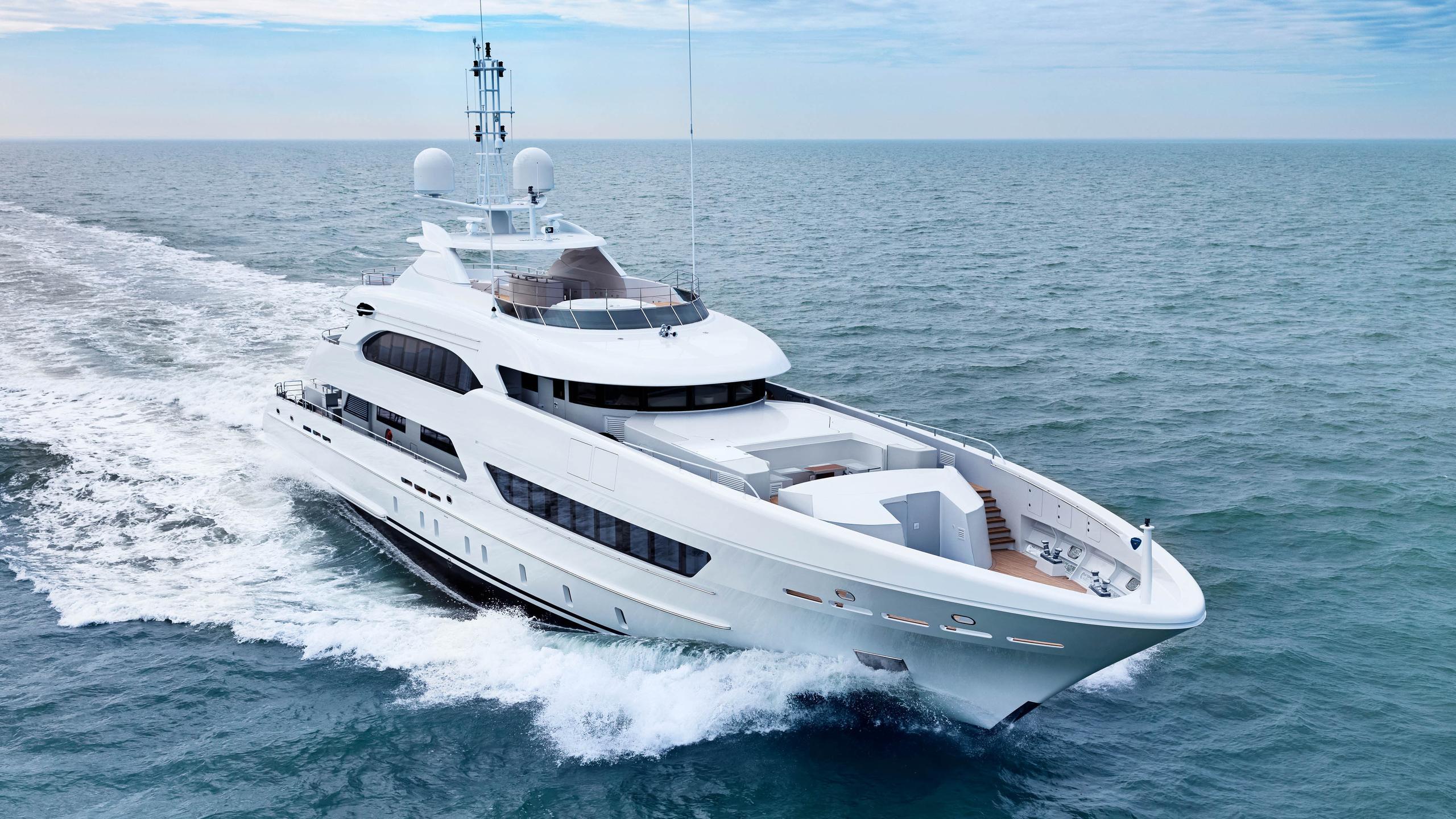 ruya motoryacht heesen yachts 47m 2017 half profile