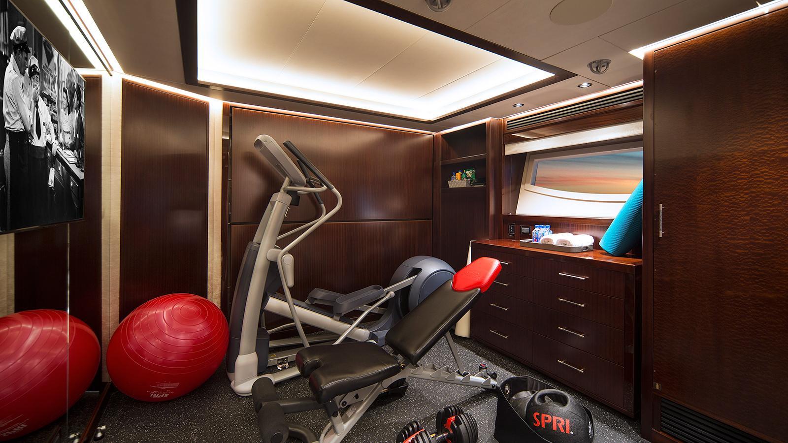 black gold motoryacht westport 125 gym credit scott pearson