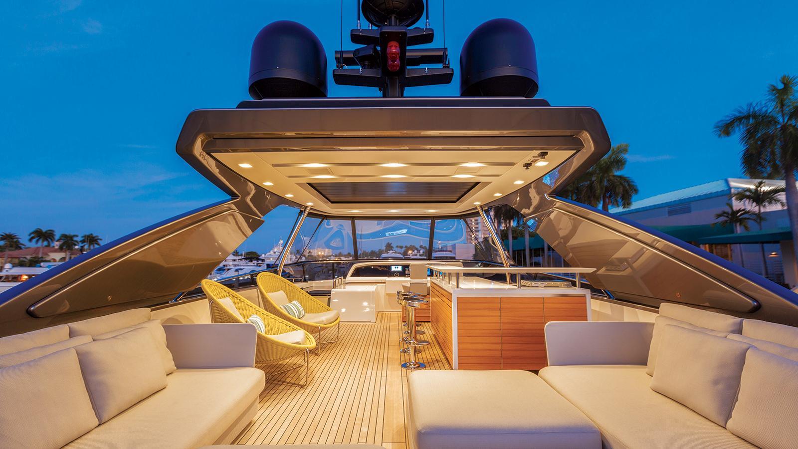 hull 651 motoryacht sanlorenzo sl86 27m 2016 sundeck credit jim raycroft