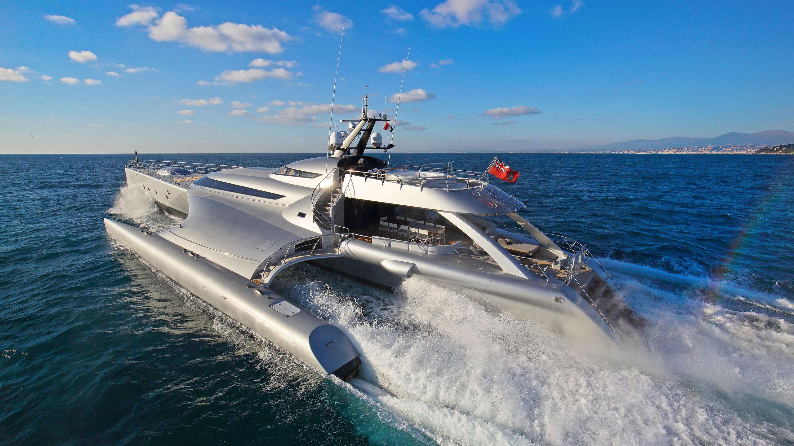 galaxy of happiness trimaran yacht latitude 2016 53m cruising half stern
