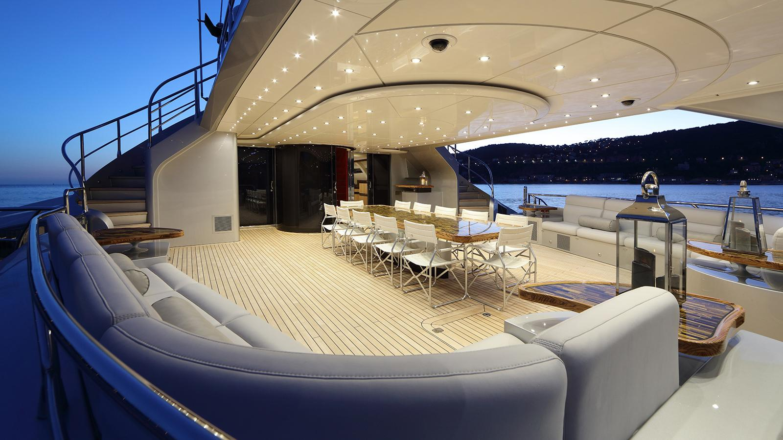 galaxy of happiness trimaran yacht latitude 2016 53m aft deck