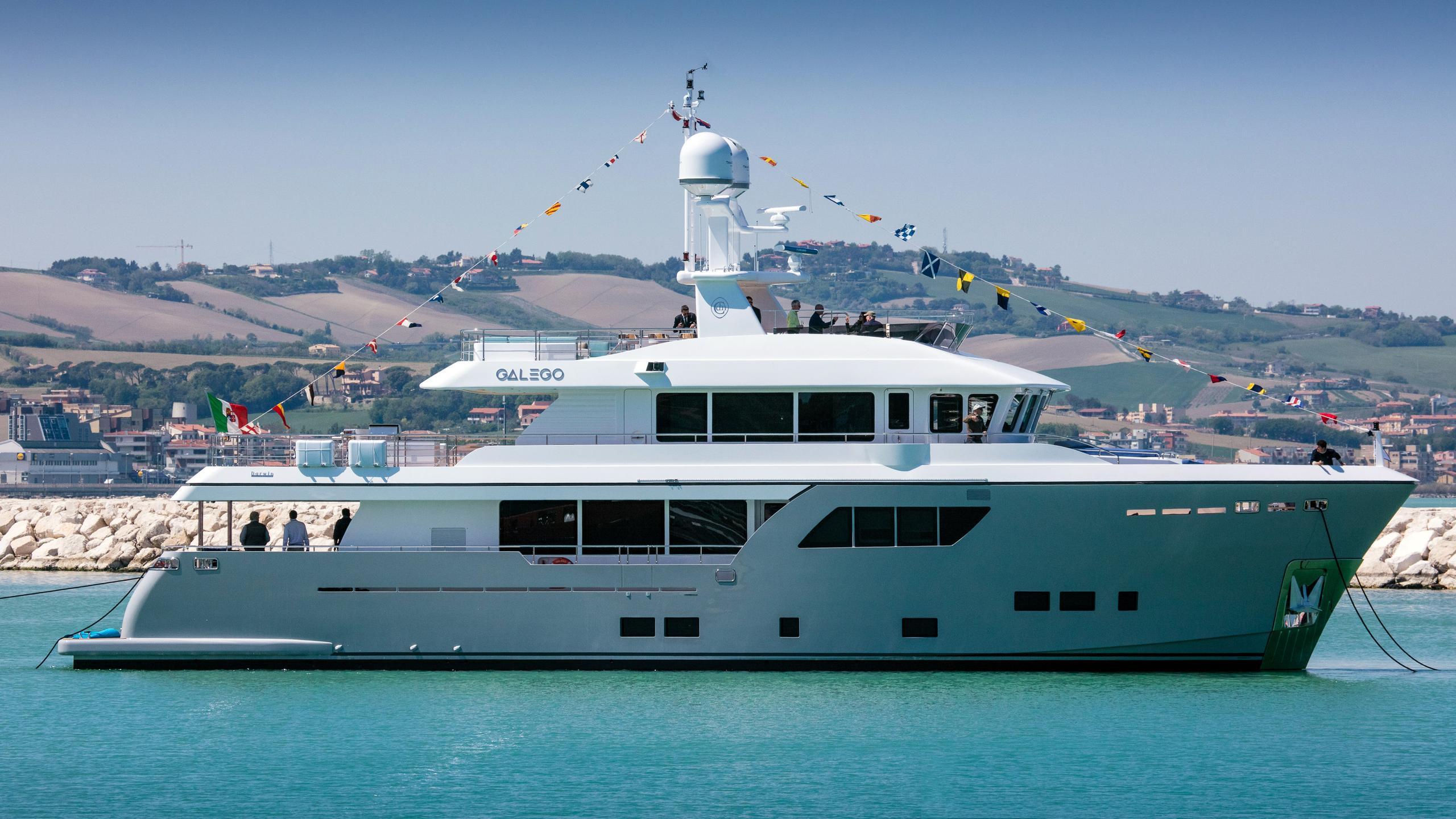 galego darwin 102 motoryacht cantiere delle marche 2017 31m launch profile