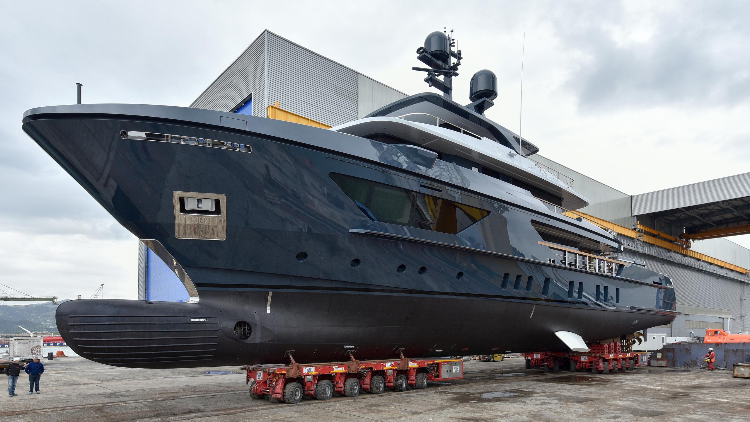 oceans four motoryacht sanlorenzo 460exp 42m 2017 launch