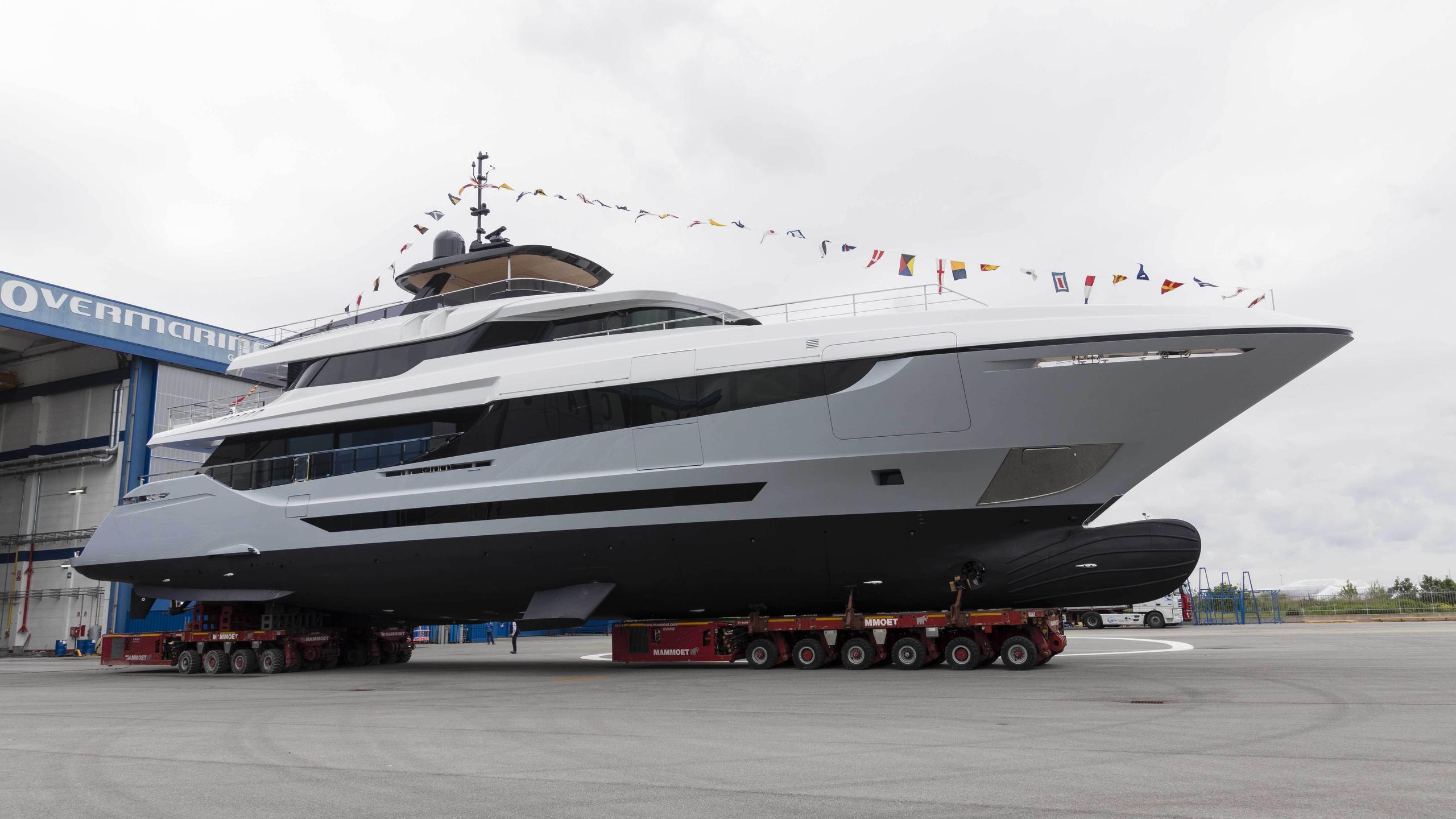 oceano 42 hull 2 motoryacht overmarine 42m 2017 launch profile