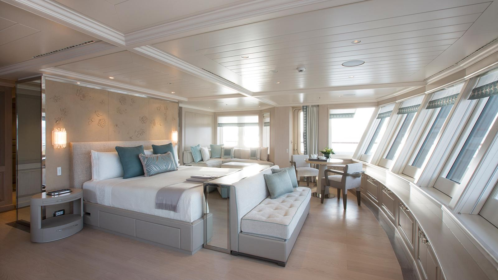 polar star explorer yacht lurssen 2005 65m lounge master