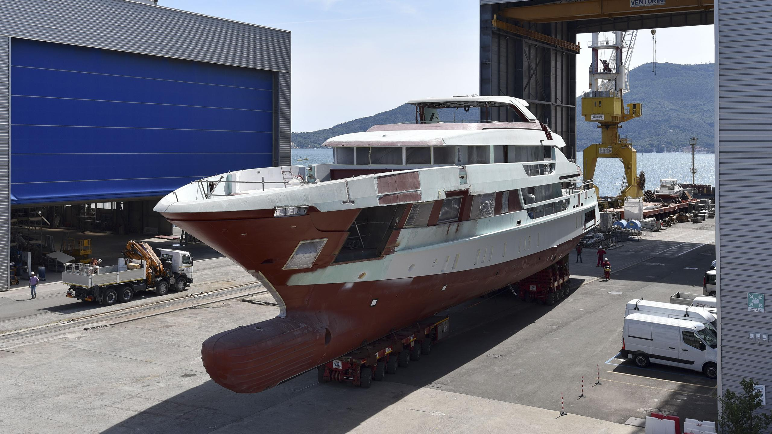 kd motoryacht sanlorenzo 52 steel 2018 52m shipyard under construction profile