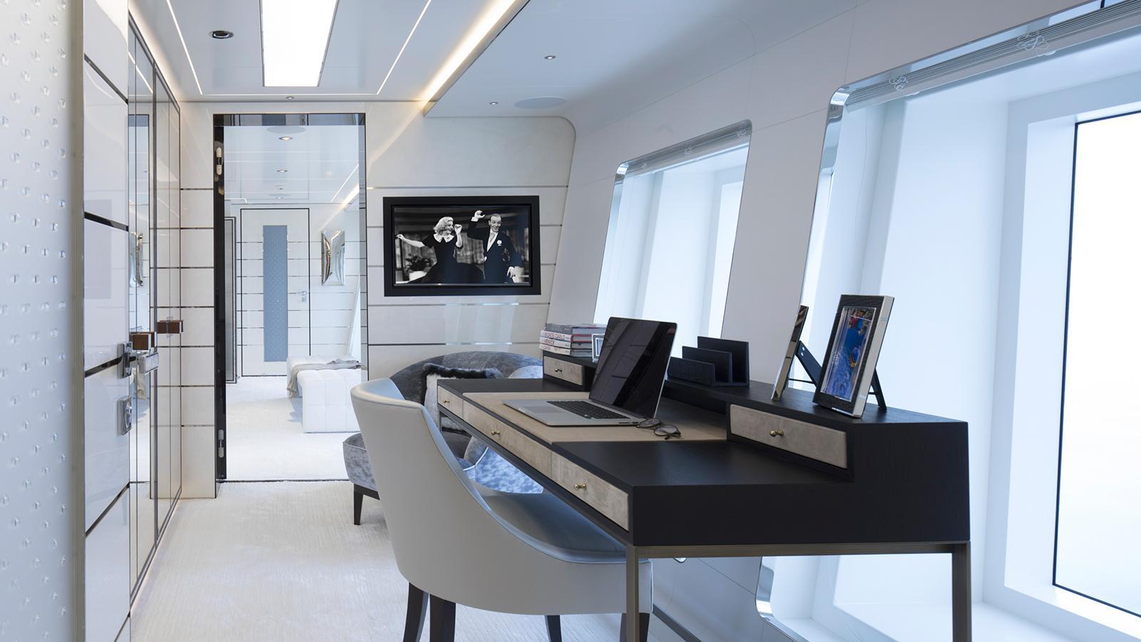 roe razan motoryacht turquoise yachts 2017 47m office