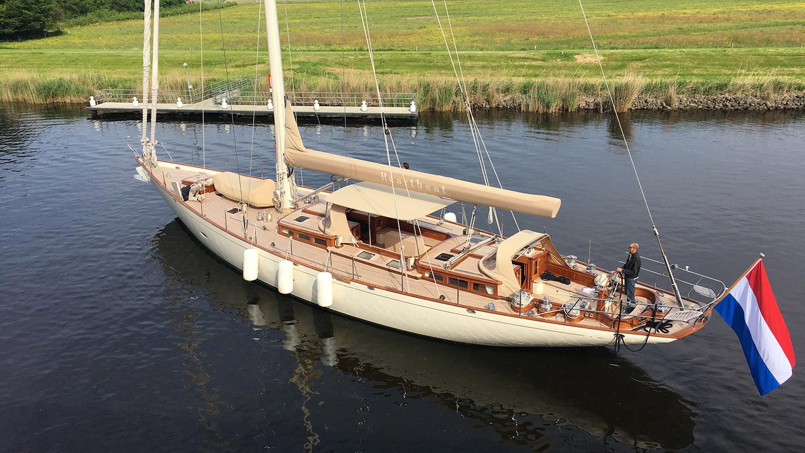 heartbeat sailing yacht claasen 24m 2007 huisfit half stern