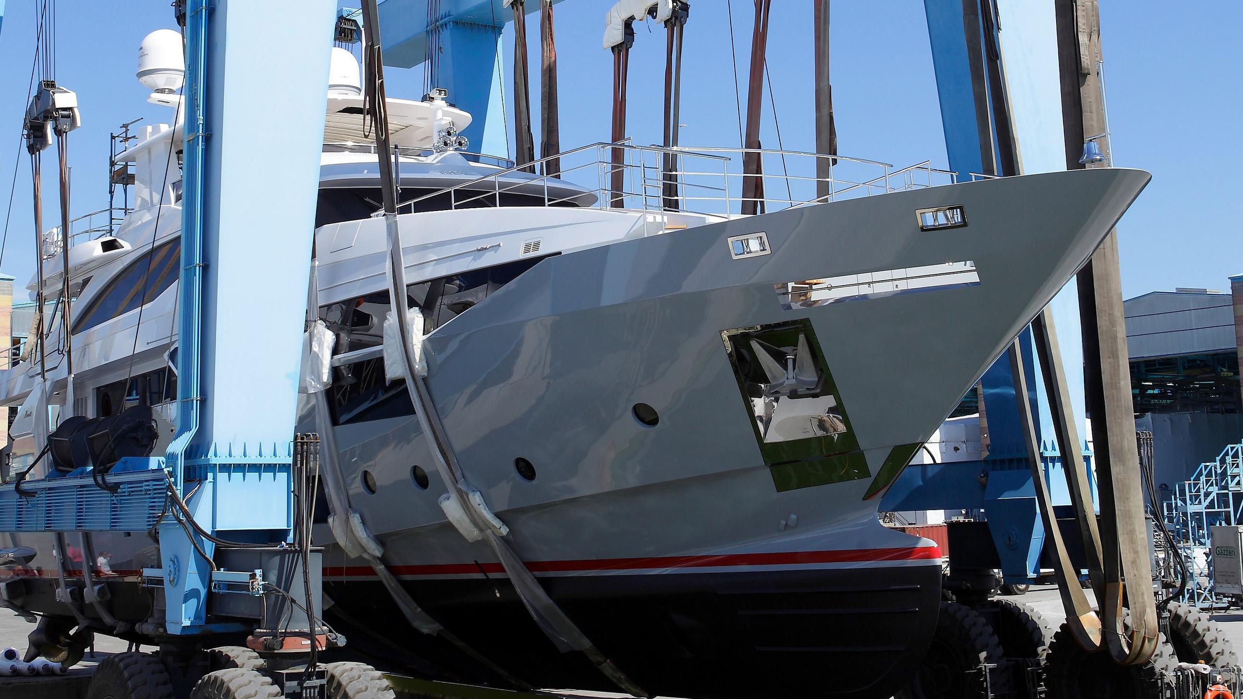 lejos 3 motoryacht benetti vivace 125 2017 38m launch