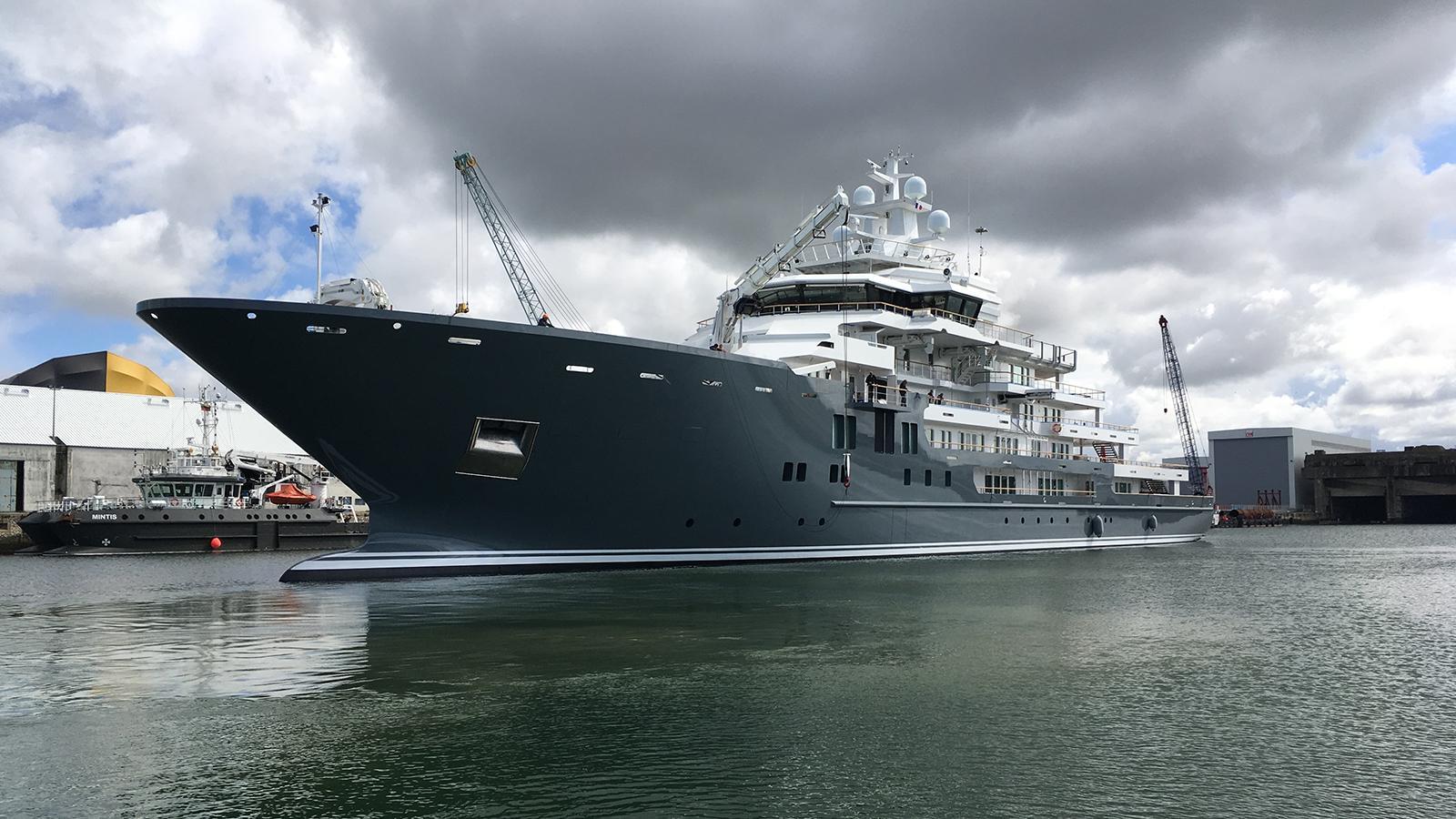 andromeda-ulysses-explorer-yacht-kleven-2015-107m-half-profile-after-refit