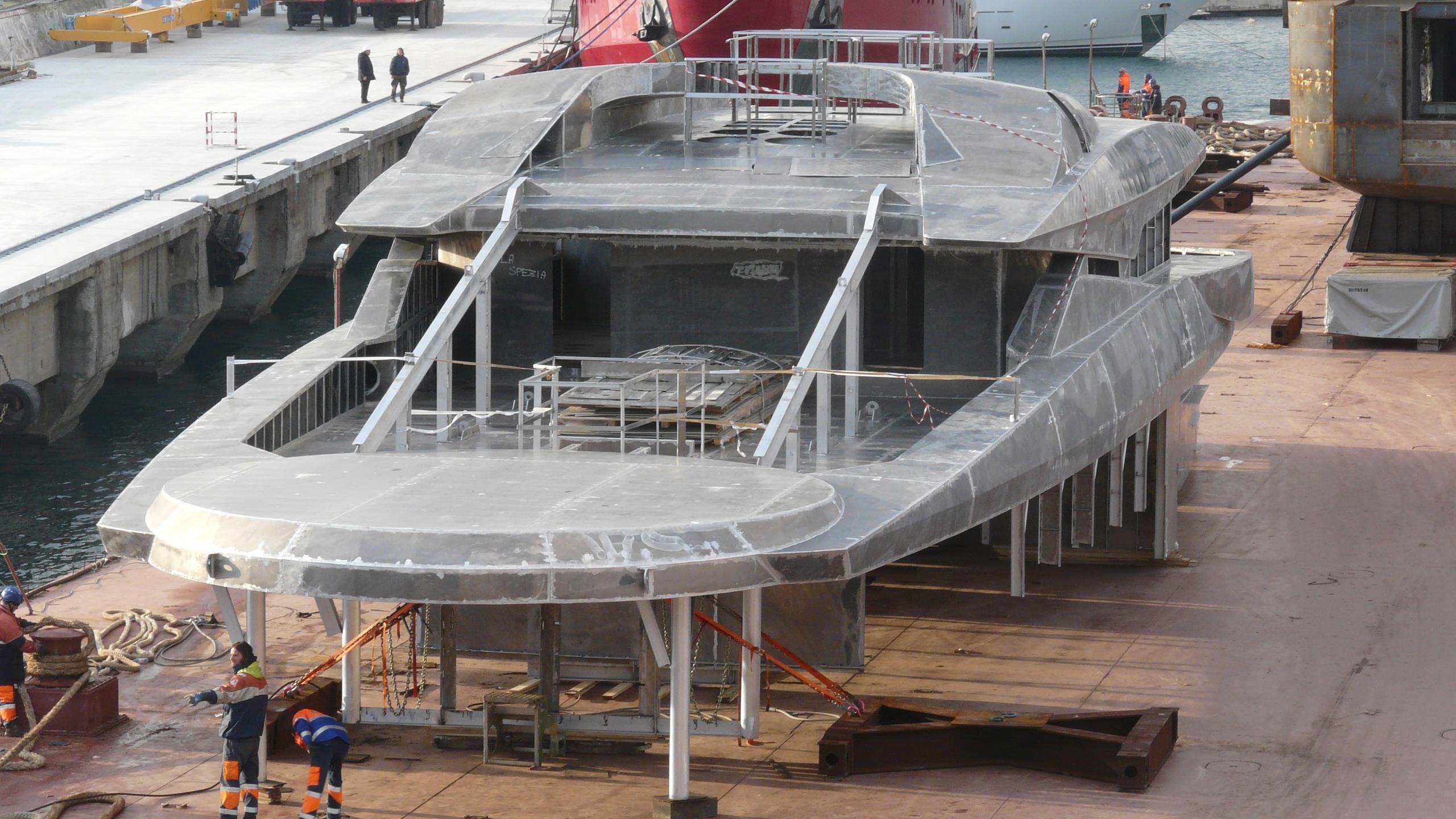 solo s701 motoryacht tankoa yachts 72m 2018 under construction superstructure