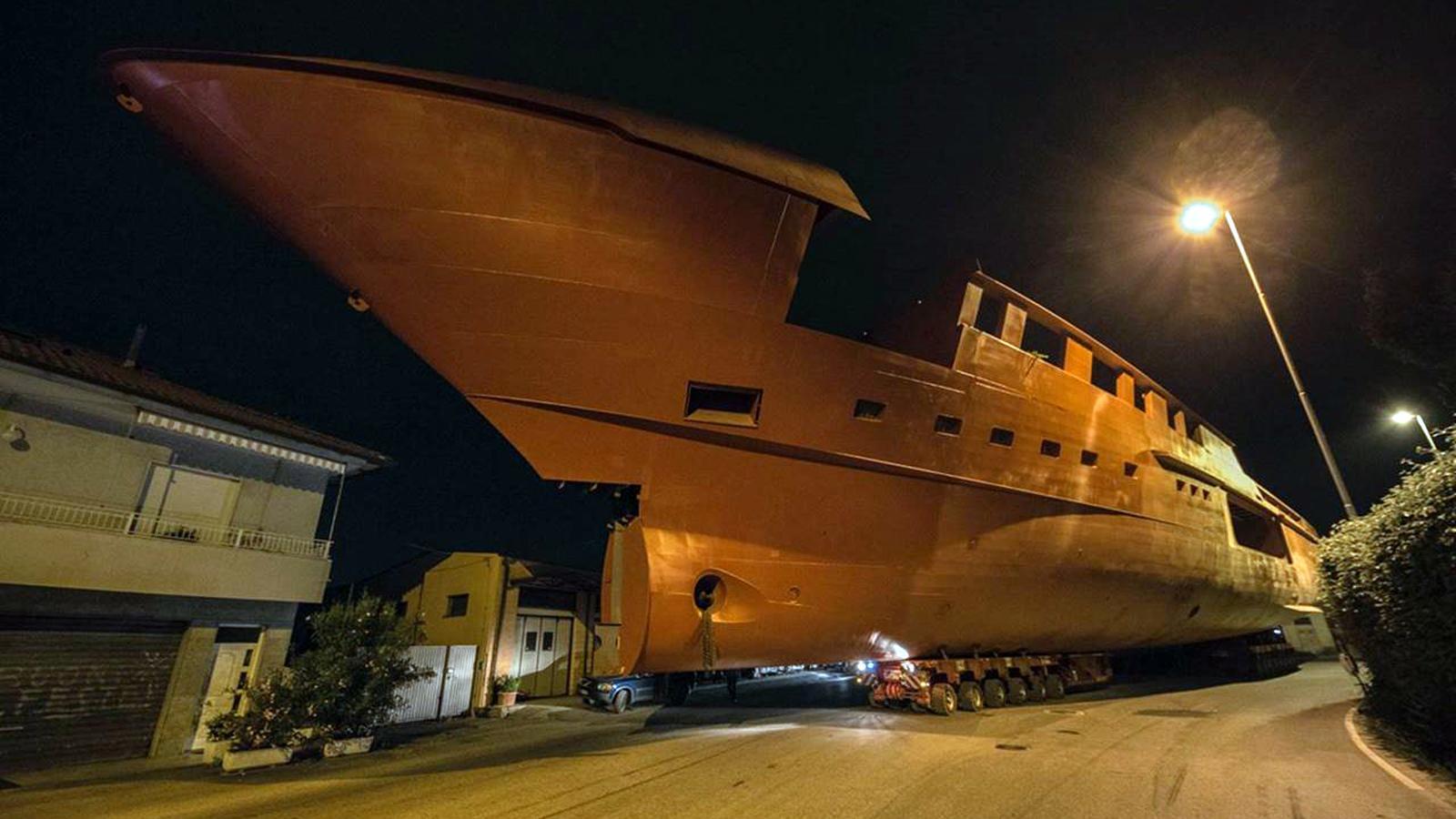 sl 64 steel motoryacht sanlorenzo 64 steel 2019 64m hull half profile