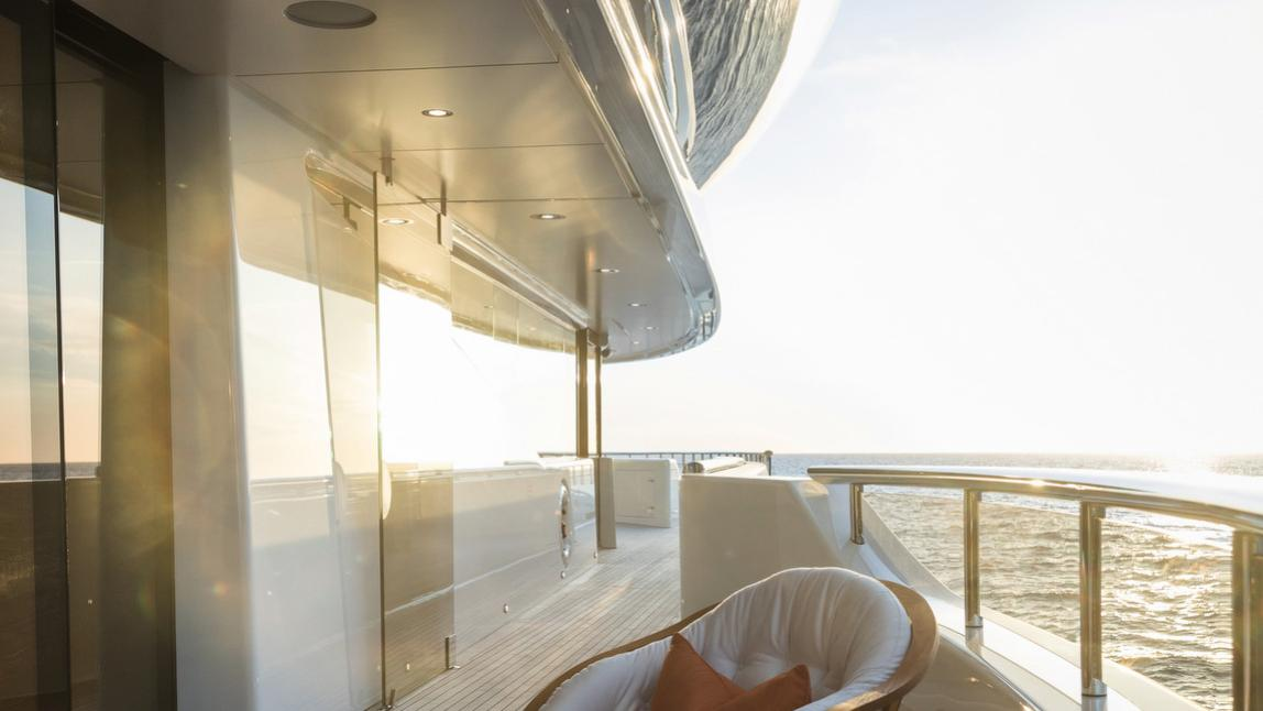 here comes the sun motoryacht amels le 272 2016 83m side view