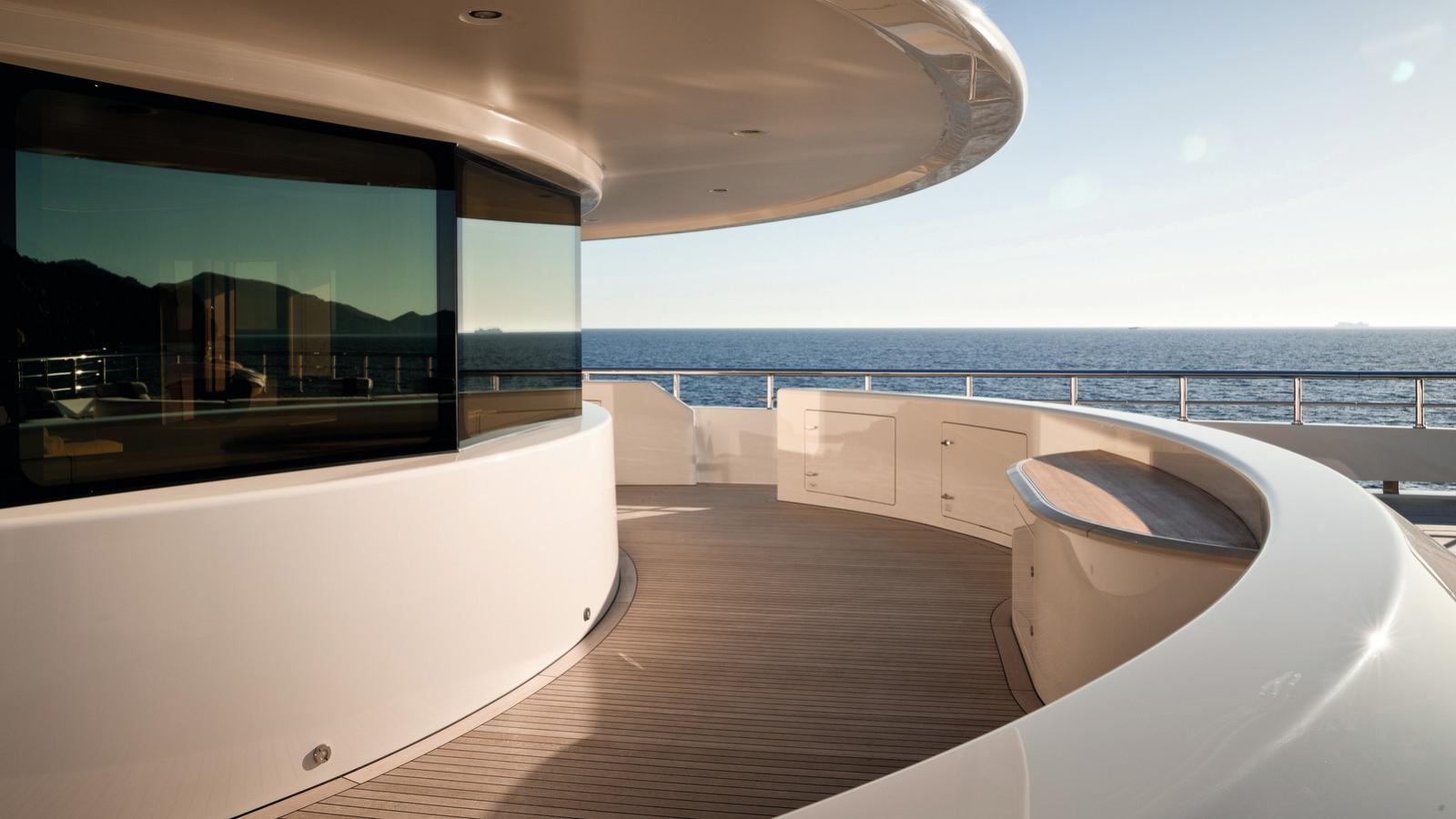 here comes the sun motoryacht amels le 272 2016 83m foredeck