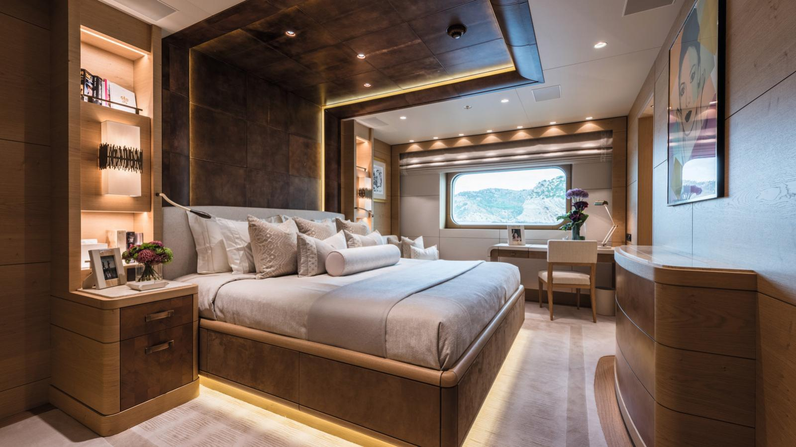 here comes the sun motoryacht amels le 272 2016 83m double cabin