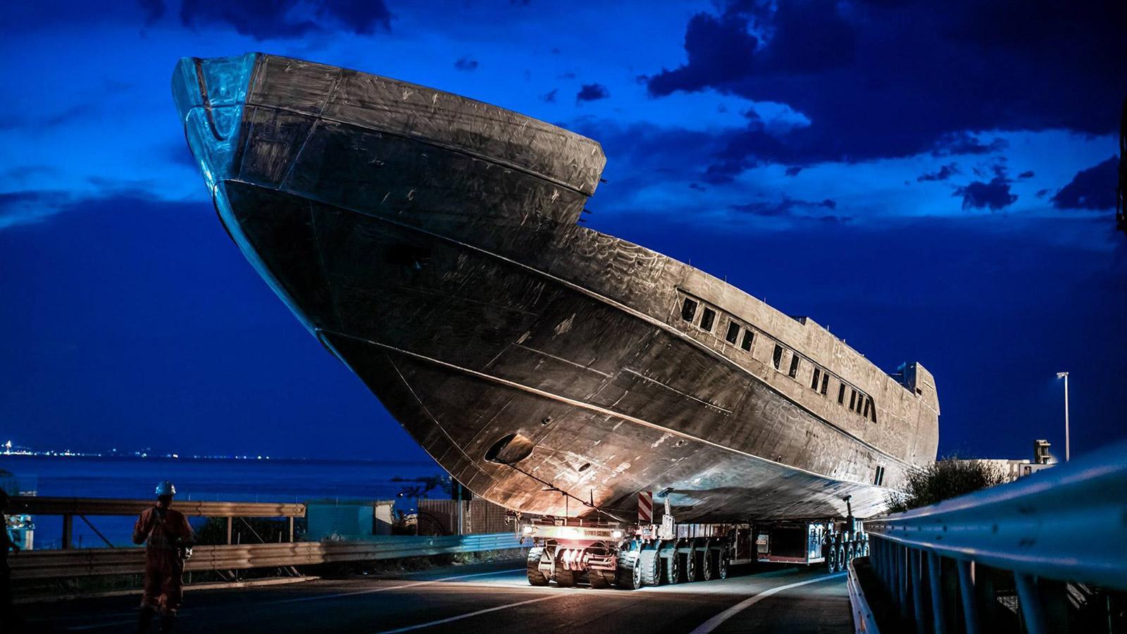 pershing 140 motoryacht pershing yachts 43m 2018 under construction hull half profile