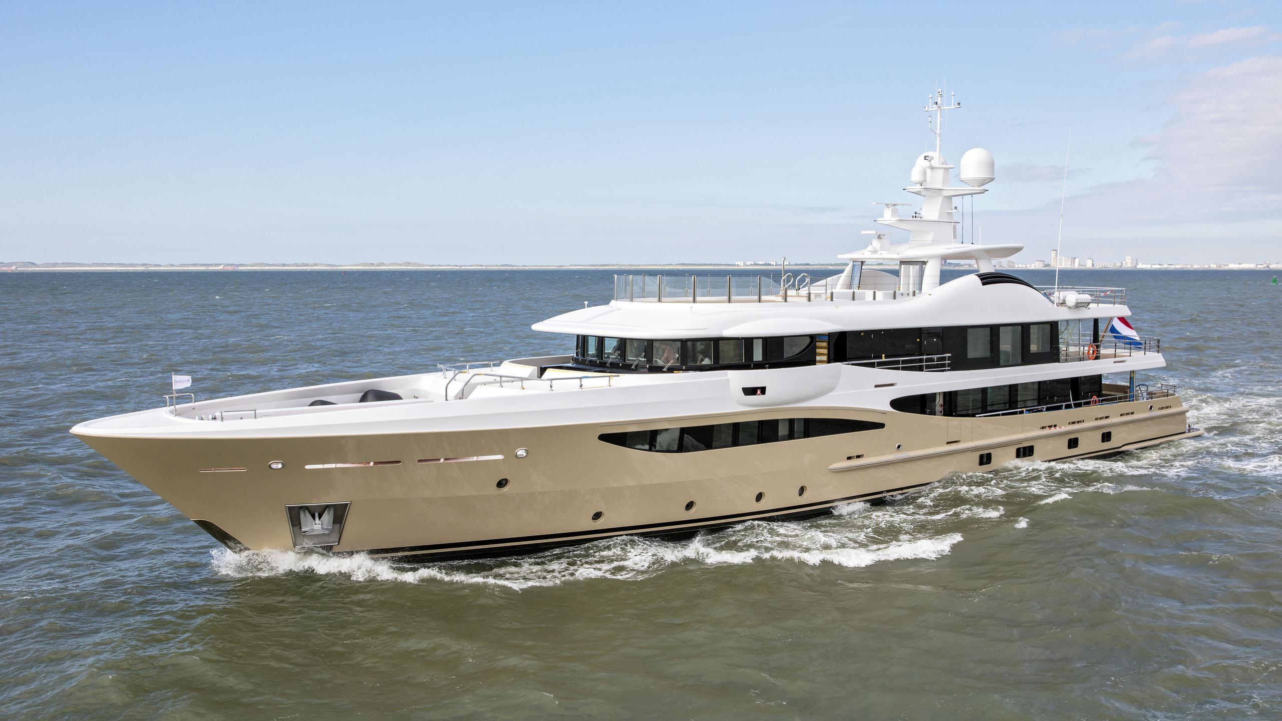 lili motoryacht amels le180 55m 2017 half profile