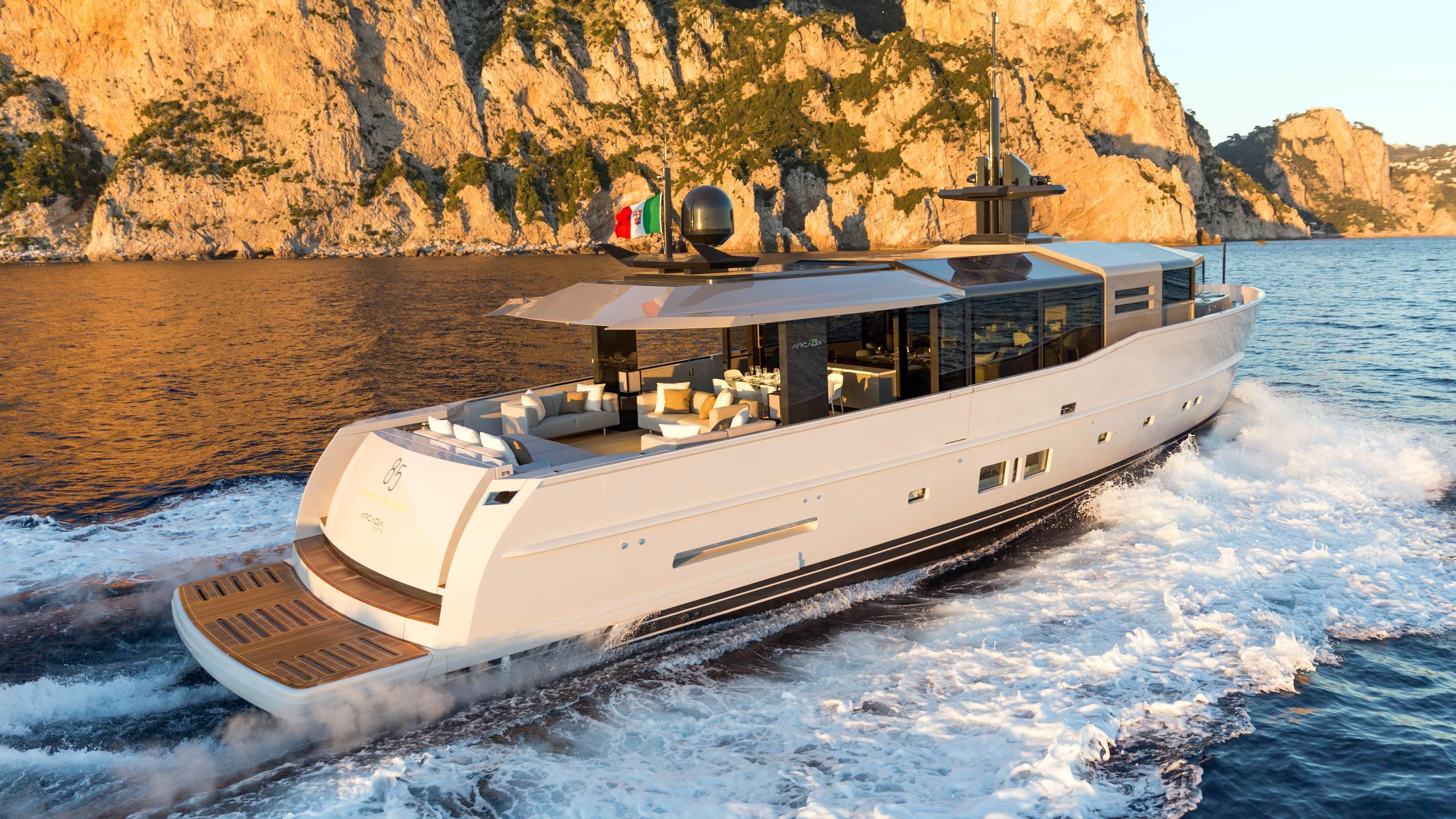arcadia 85 motoryacht arcadia yachts 26m 2016 half stern sistership