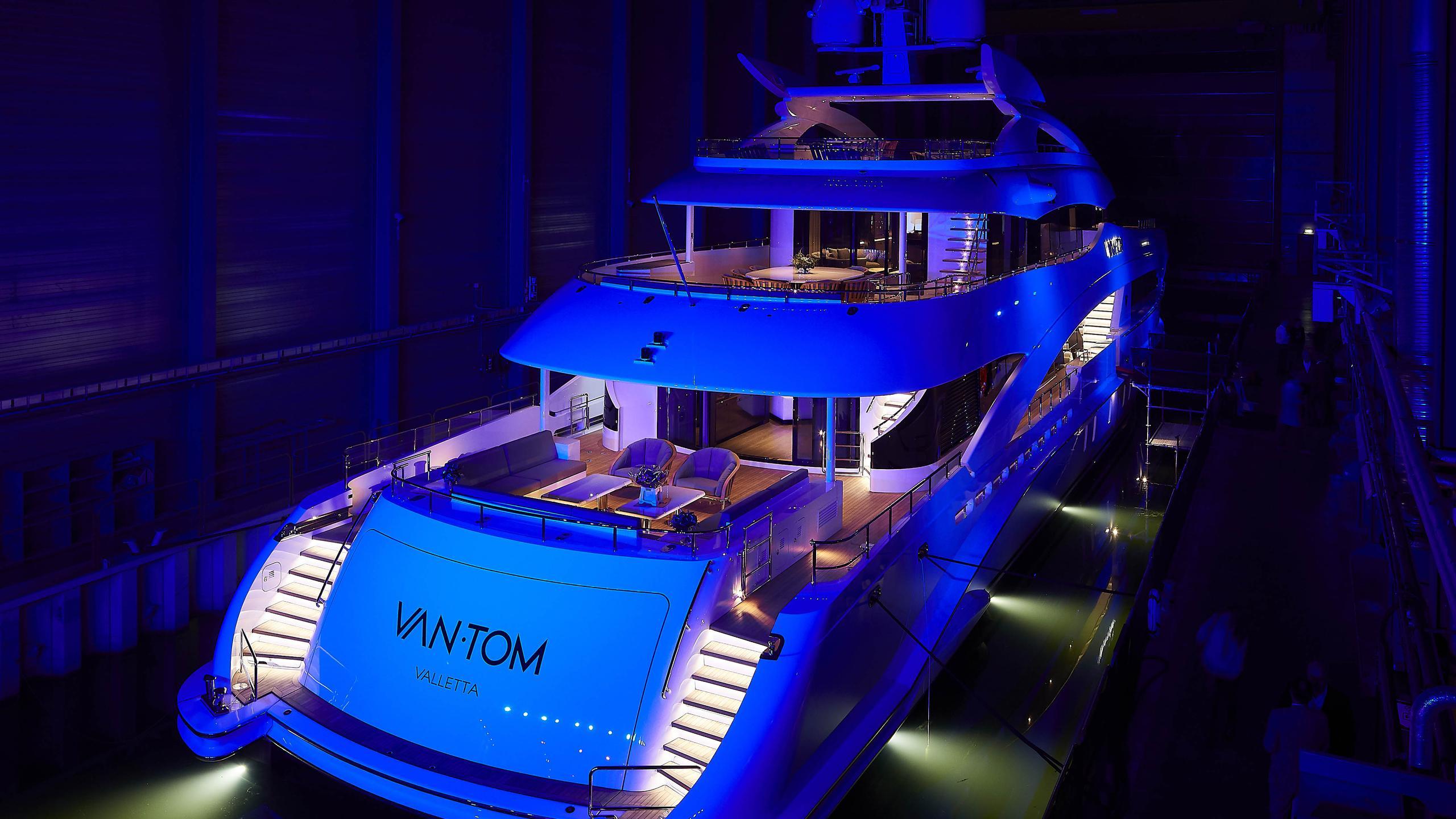 vantom motoryacht heesen yachts 50m 2018 christening stern