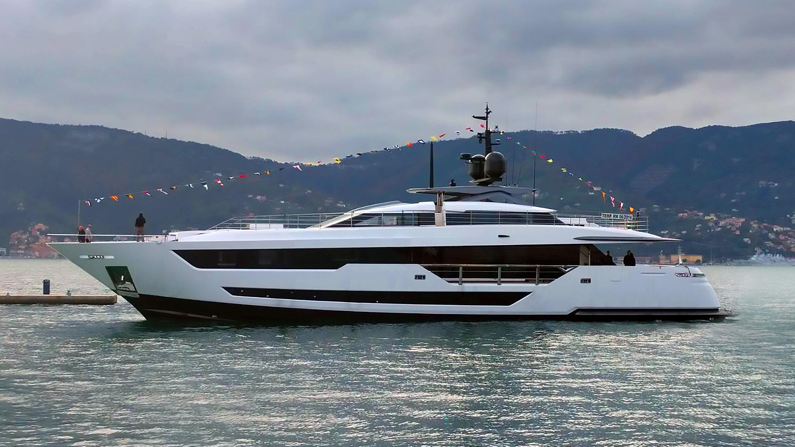 vista blue motoryacht ferretti custom line 120 38m 2018 launch profile