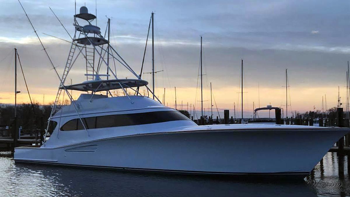 happi daze motoryacht weaver 24m 2018 launch profile
