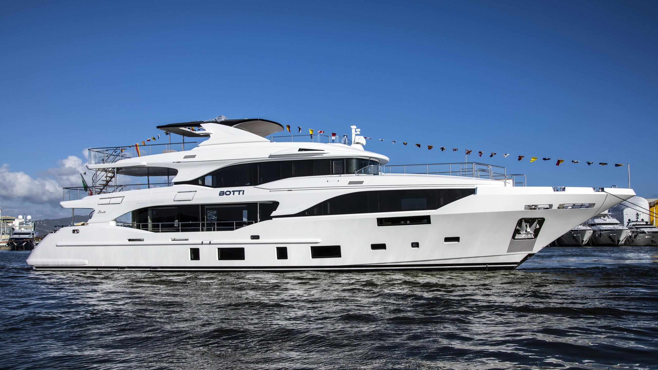 botti motoryacht benetti bm003 35m 2018 launch