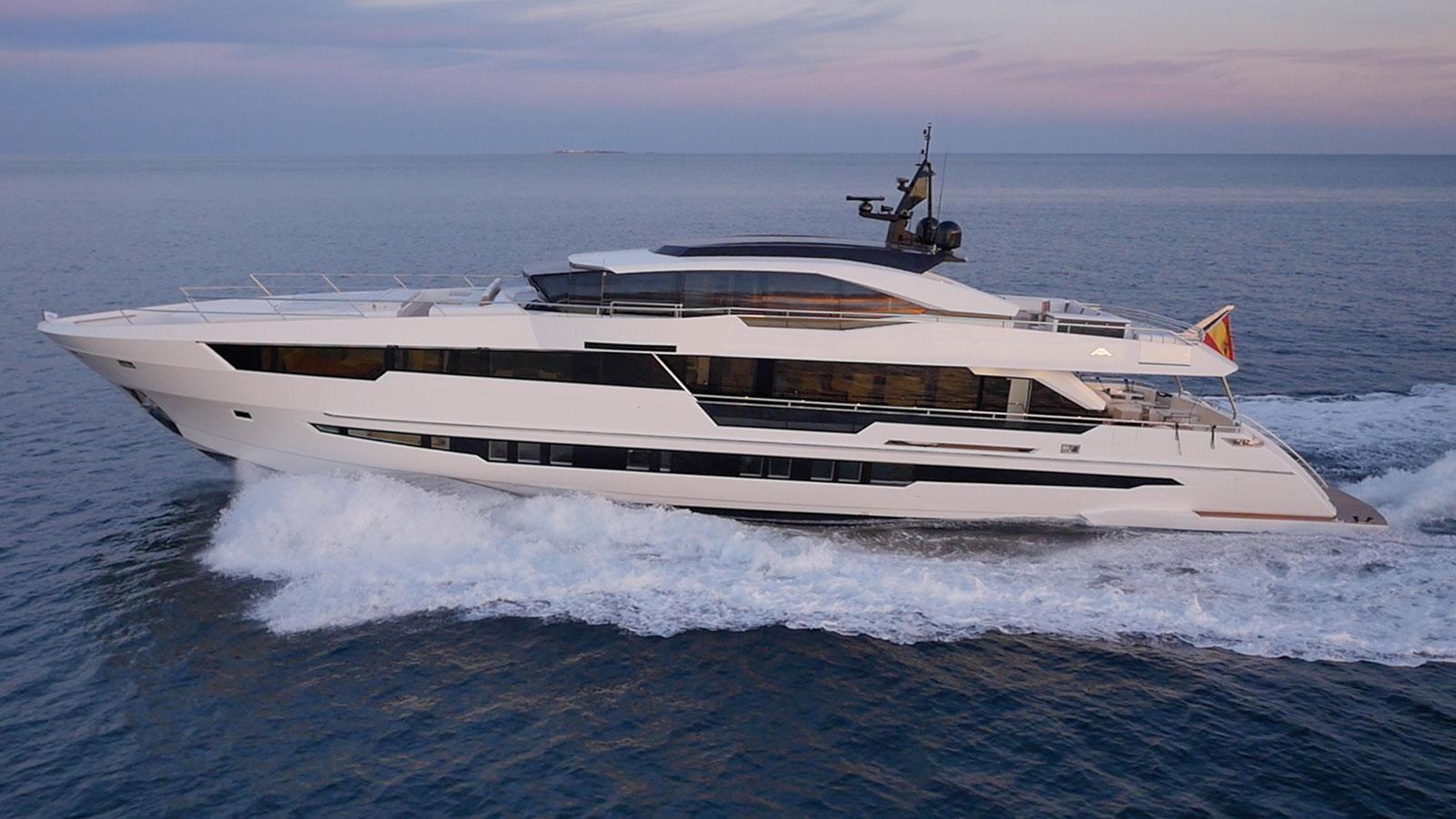 motoryacht-astondoa-century-110-2018-33m-cruising-sistership