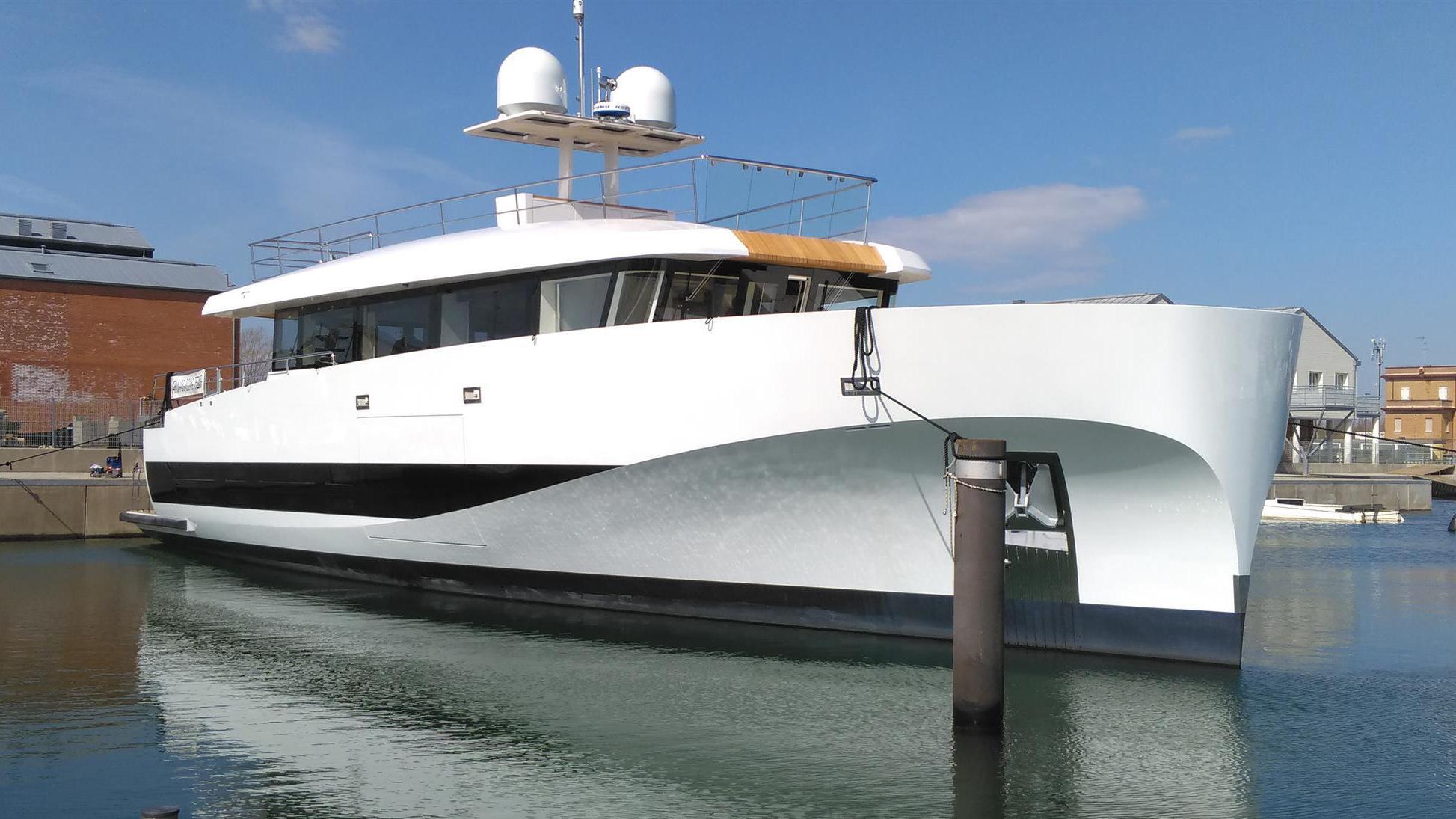 private gg motoryacht wally wallyace 27m 2018 launch half profile