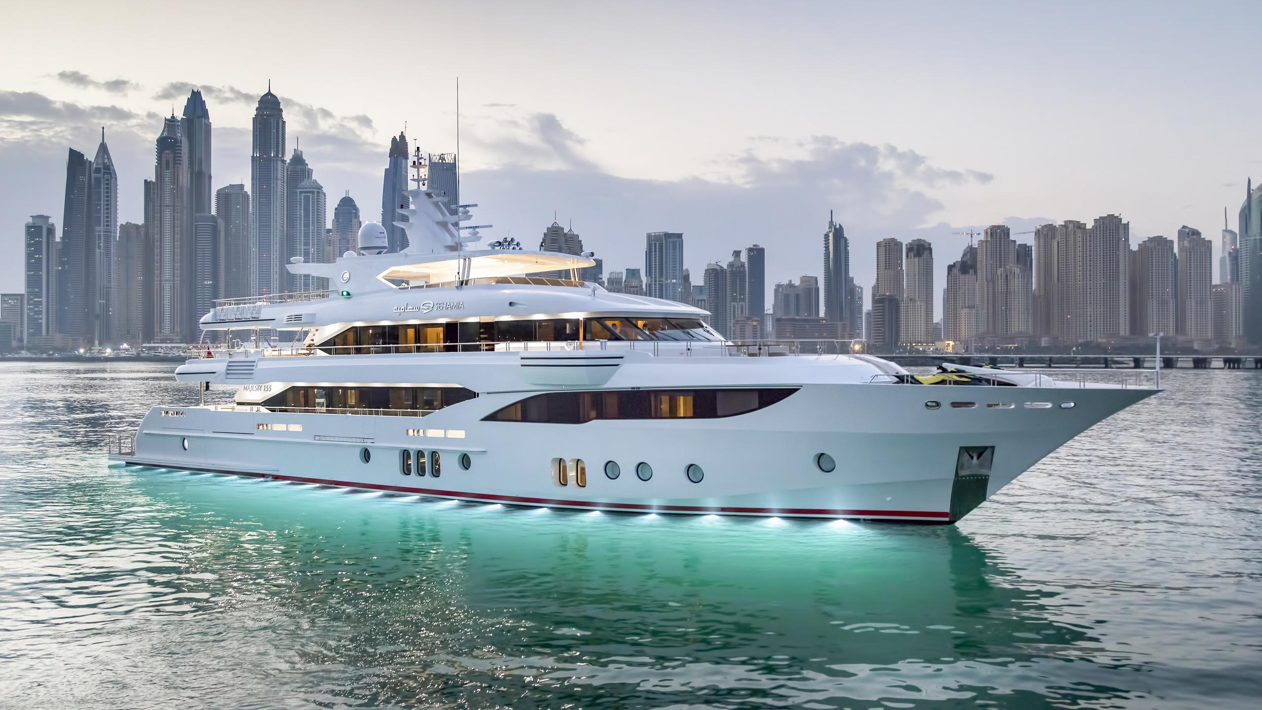 sehamia motoryacht gulf craft majesty 155 48m 2017 profile