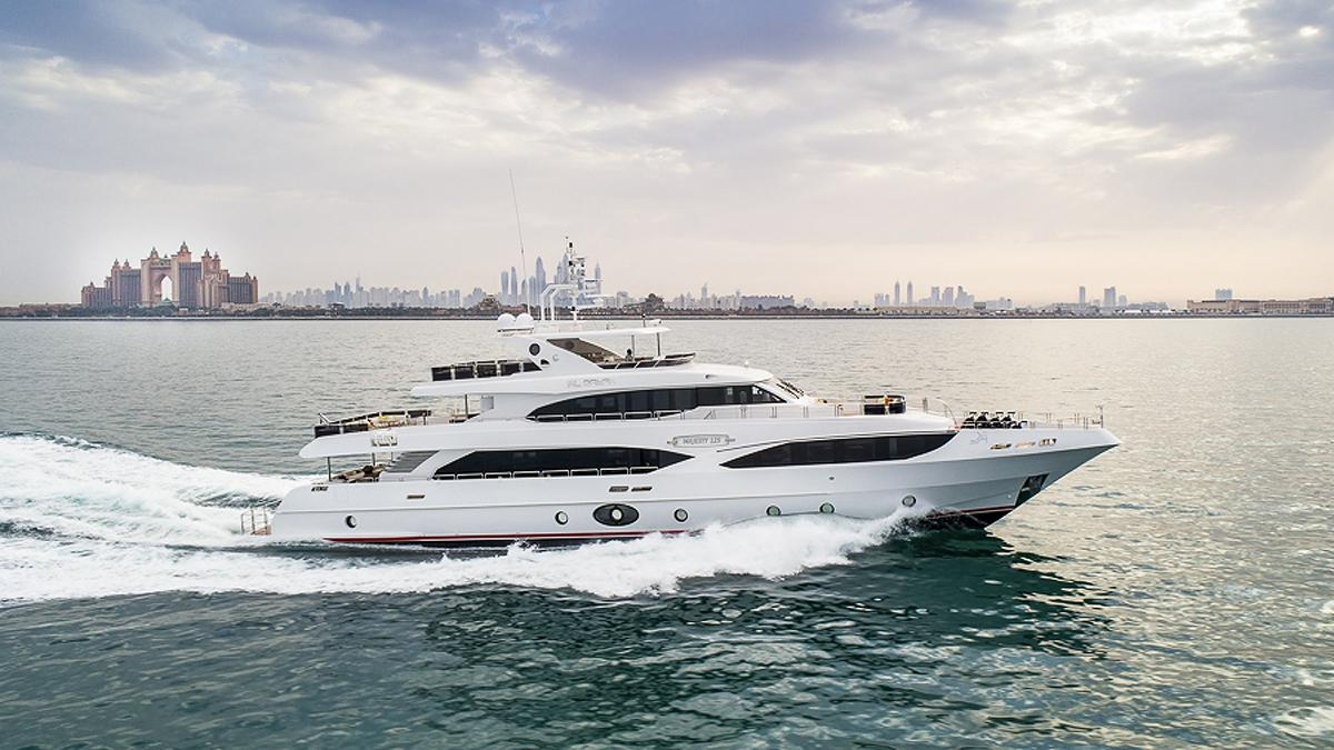 al rayan motoryacht gulf craft majesty 125 39m 2017 profile
